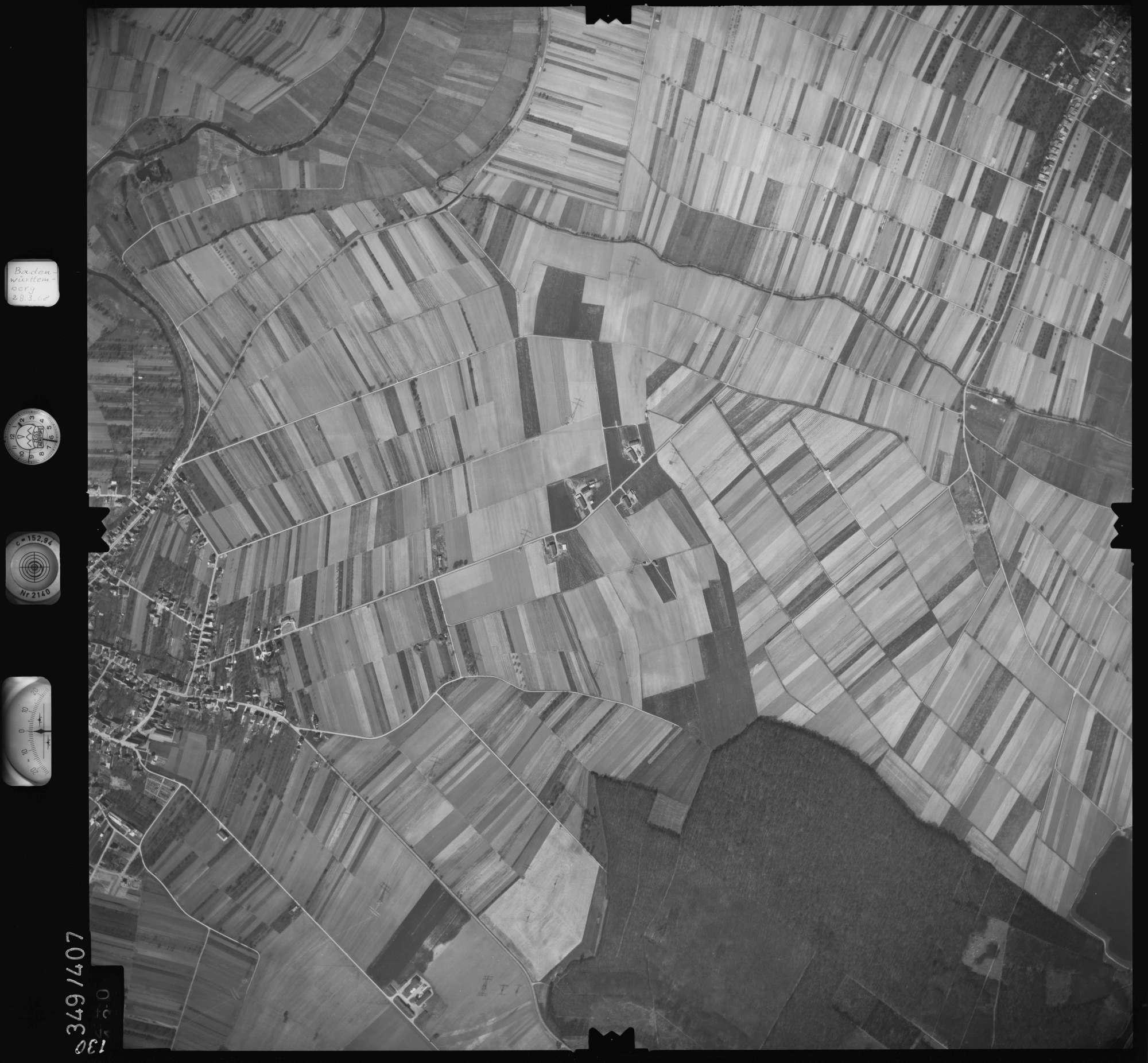 Luftbild: Film 36 Bildnr. 130, Bild 1