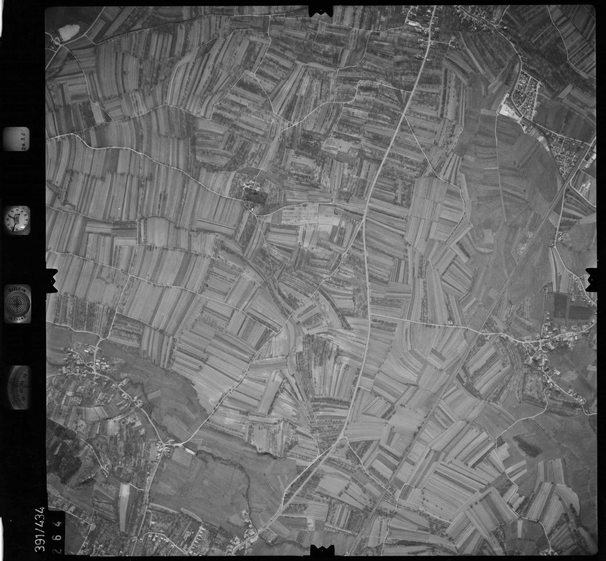 Luftbild: Film 19 Bildnr. 264, Bild 1