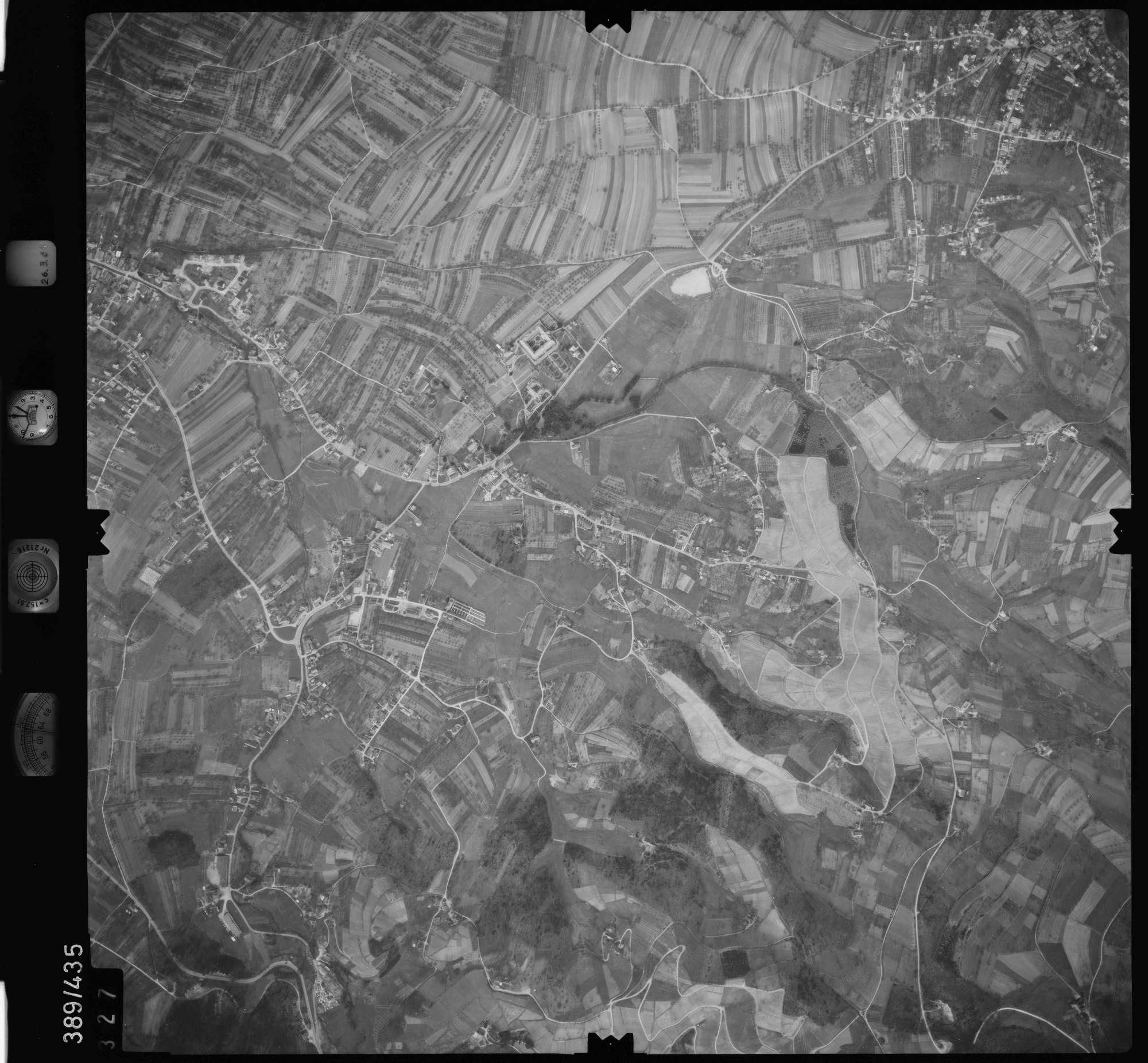 Luftbild: Film 20 Bildnr. 327, Bild 1