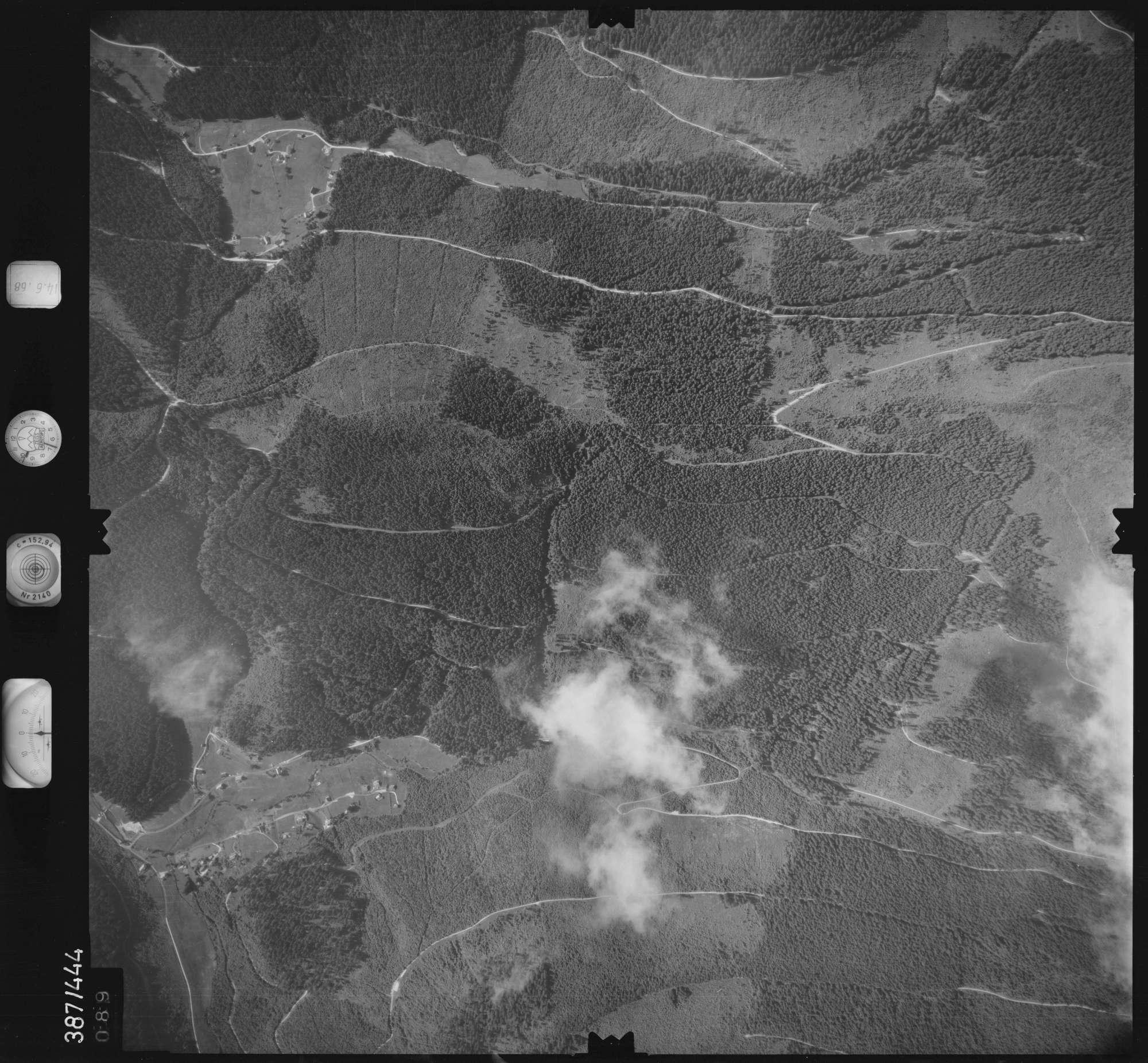 Luftbild: Film 21 Bildnr. 89, Bild 1