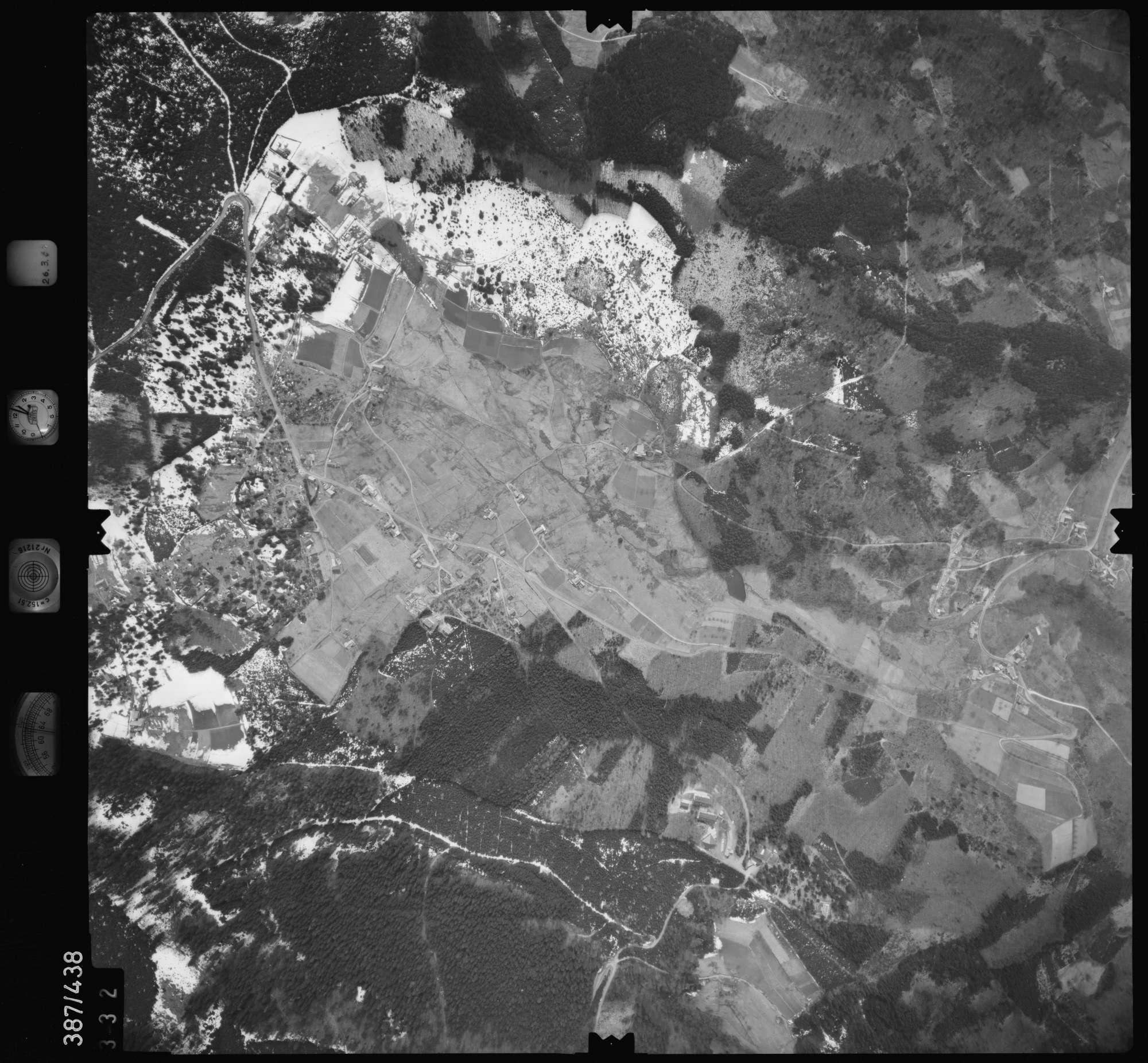 Luftbild: Film 20 Bildnr. 332, Bild 1