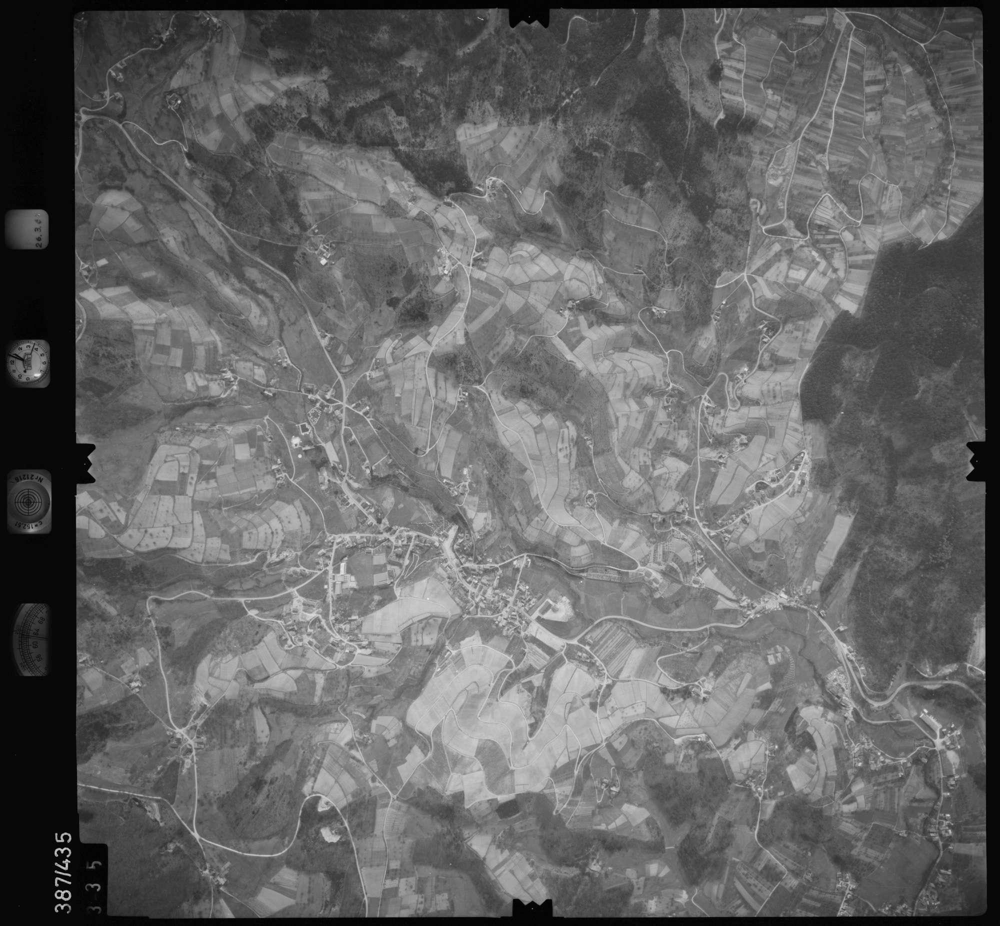 Luftbild: Film 20 Bildnr. 335, Bild 1