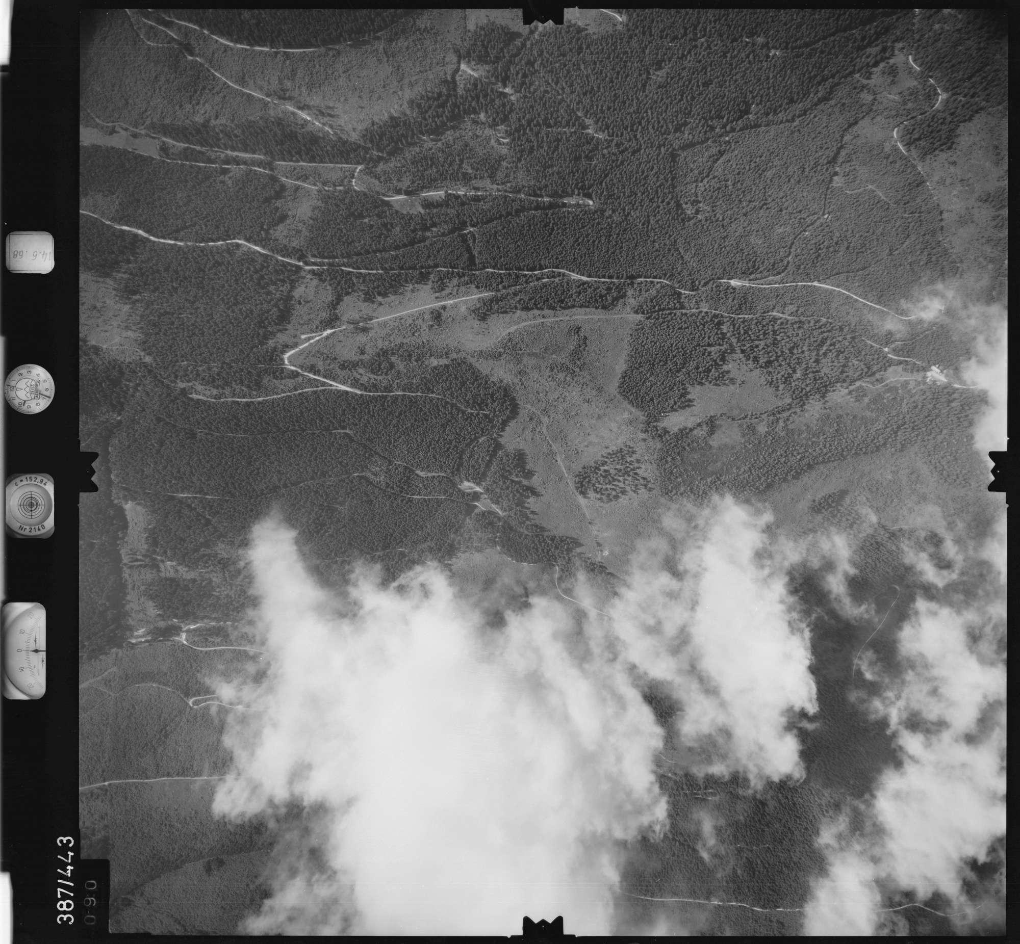 Luftbild: Film 21 Bildnr. 90, Bild 1
