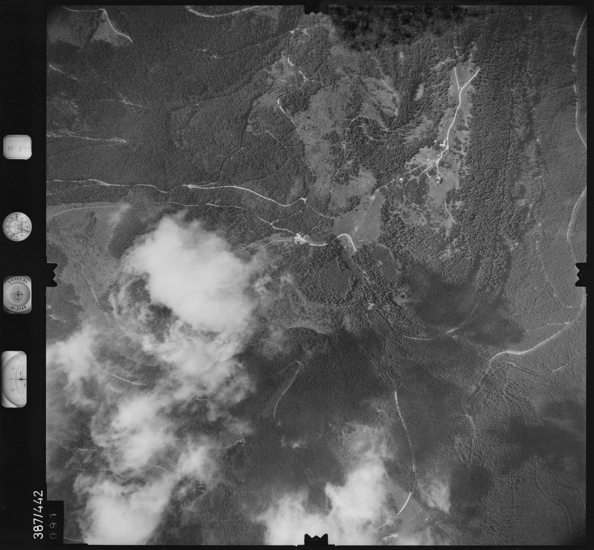 Luftbild: Film 21 Bildnr. 91, Bild 1