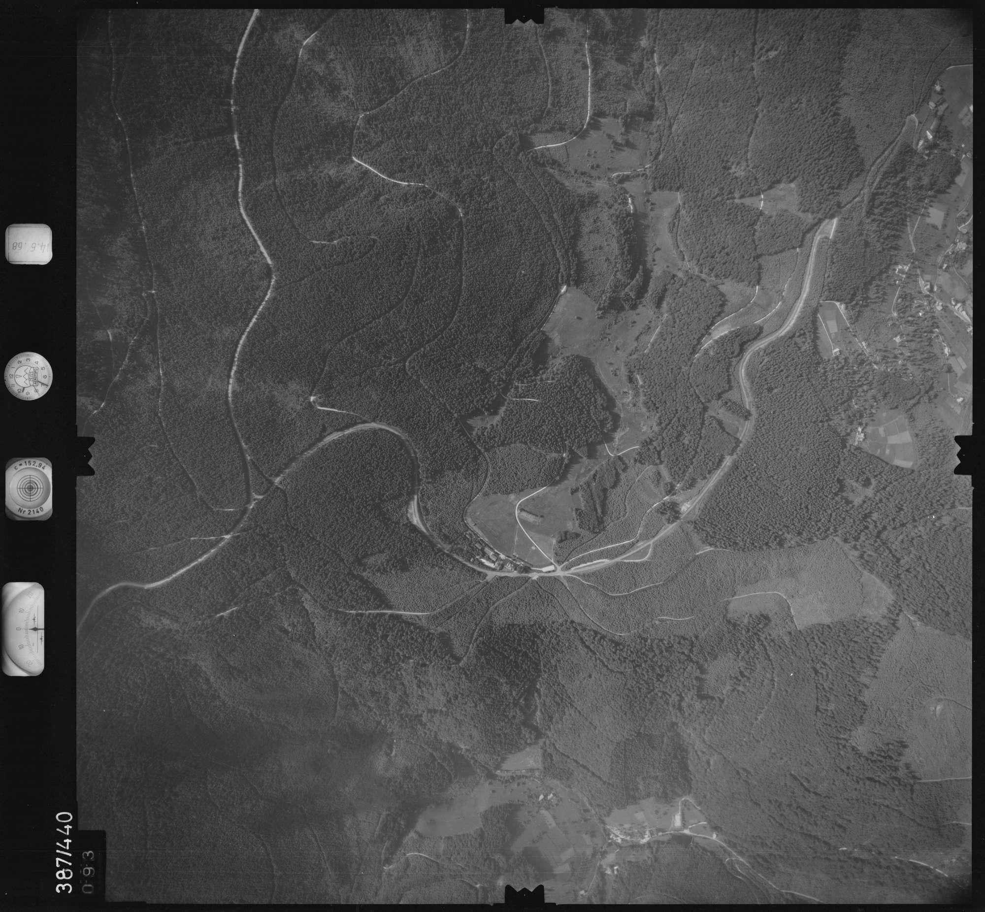 Luftbild: Film 21 Bildnr. 93, Bild 1
