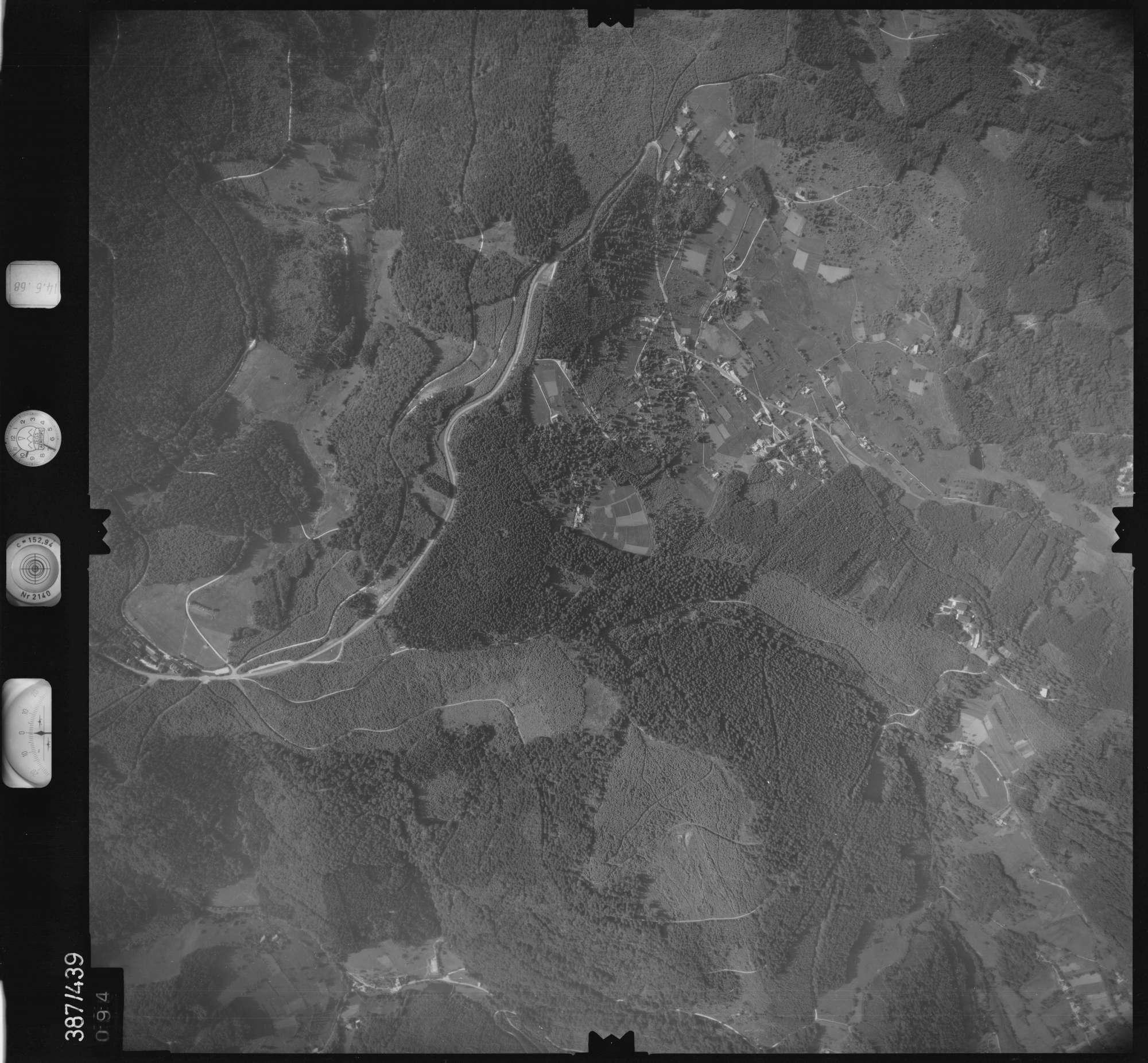 Luftbild: Film 21 Bildnr. 94, Bild 1