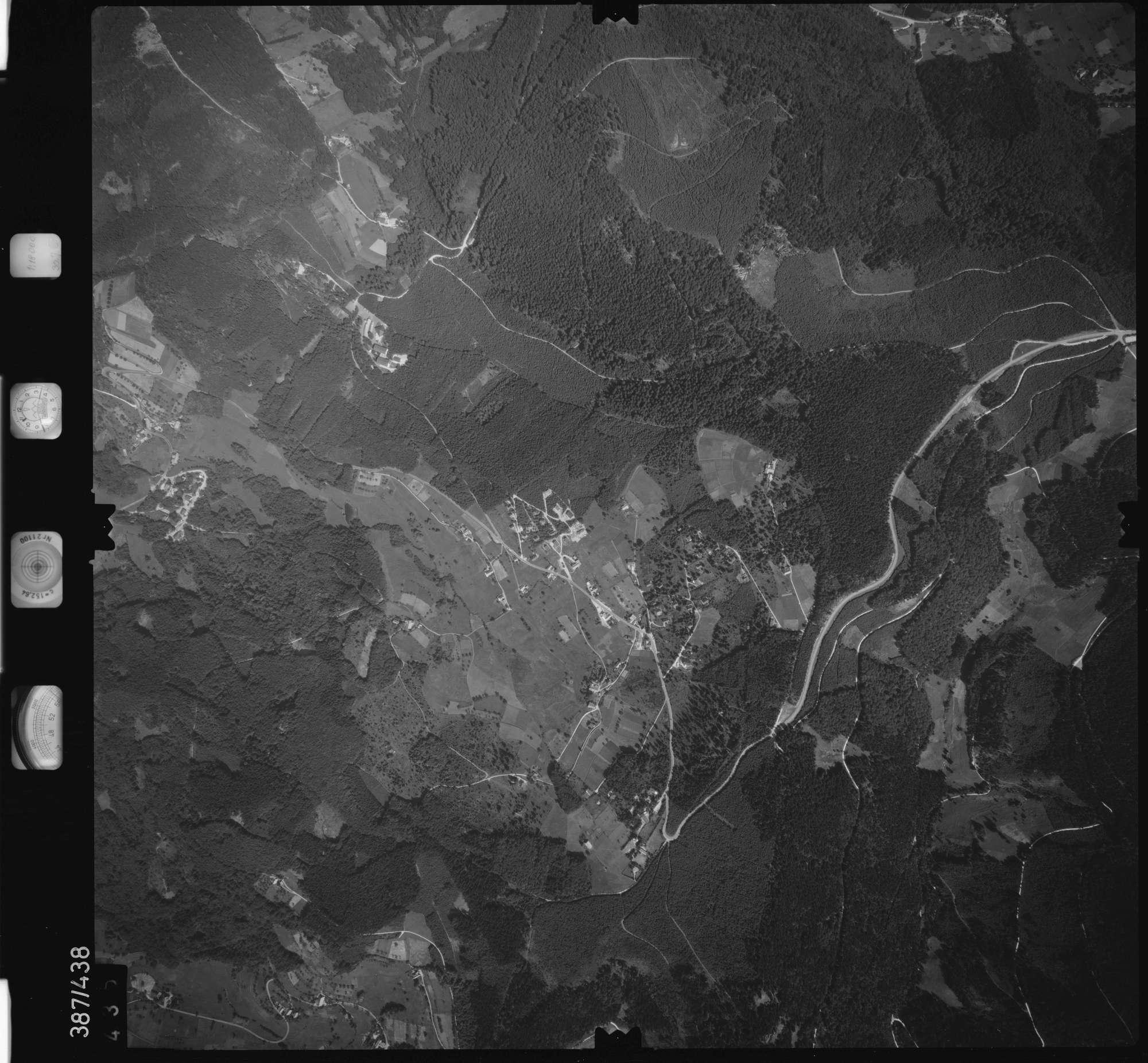 Luftbild: Film 90 Bildnr. 435, Bild 1