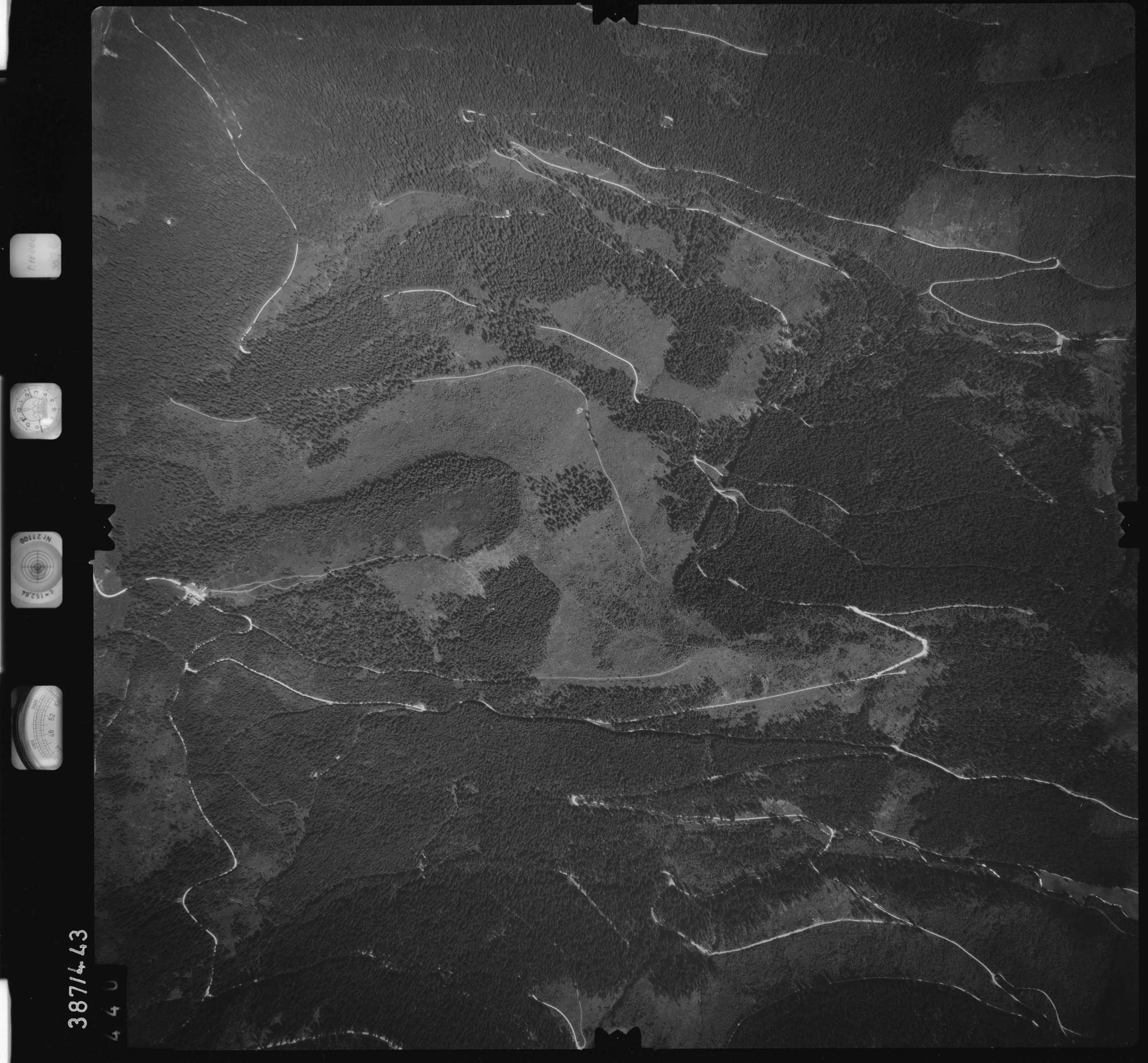 Luftbild: Film 90 Bildnr. 440, Bild 1