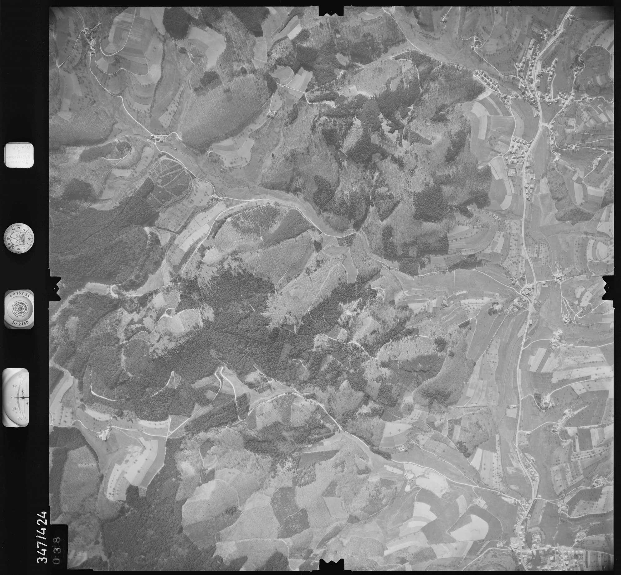 Luftbild: Film 37 Bildnr. 38, Bild 1