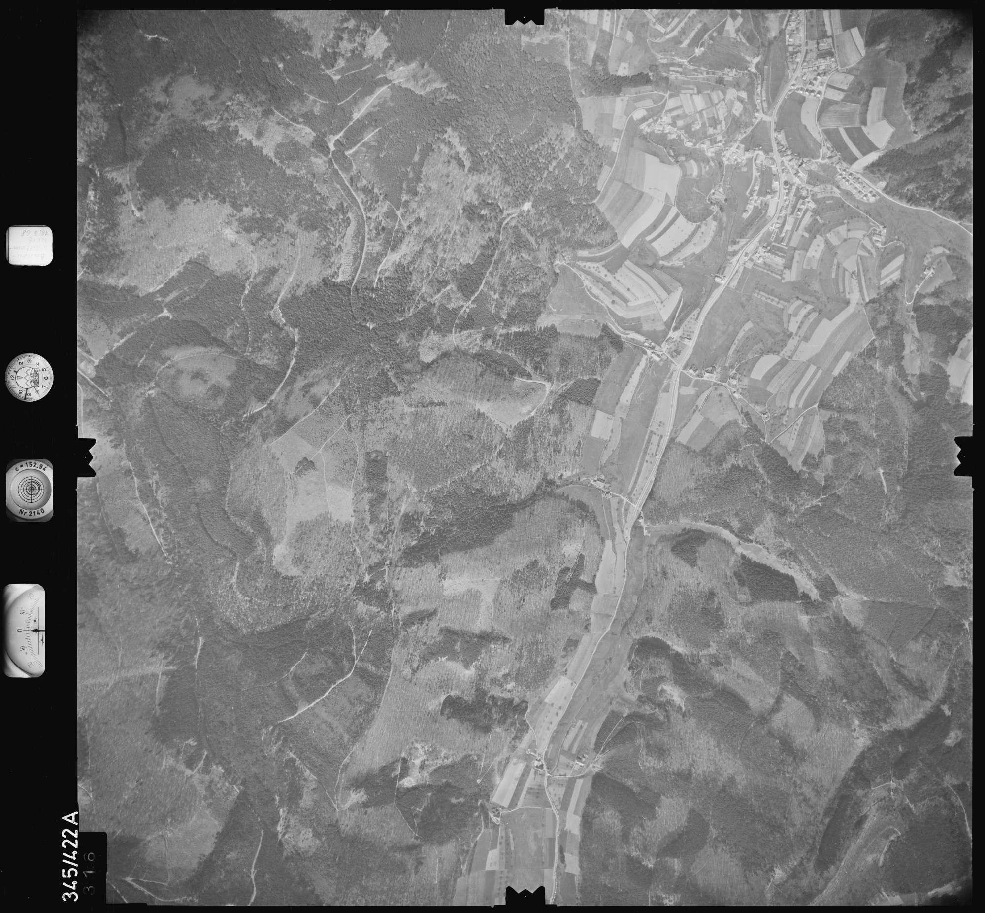 Luftbild: Film 89 Bildnr. 316, Bild 1