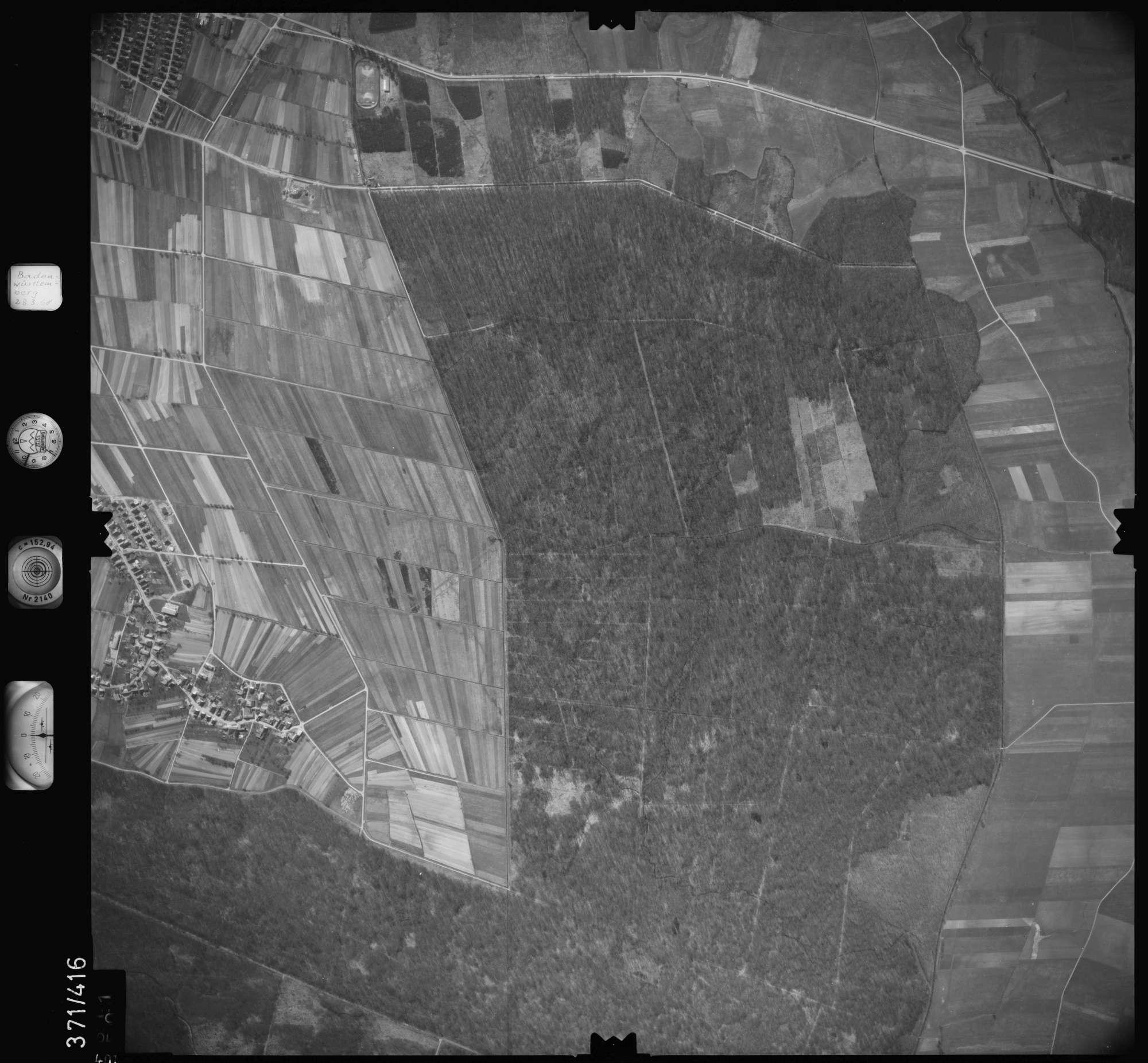 Luftbild: Film 28 Bildnr. 401, Bild 1