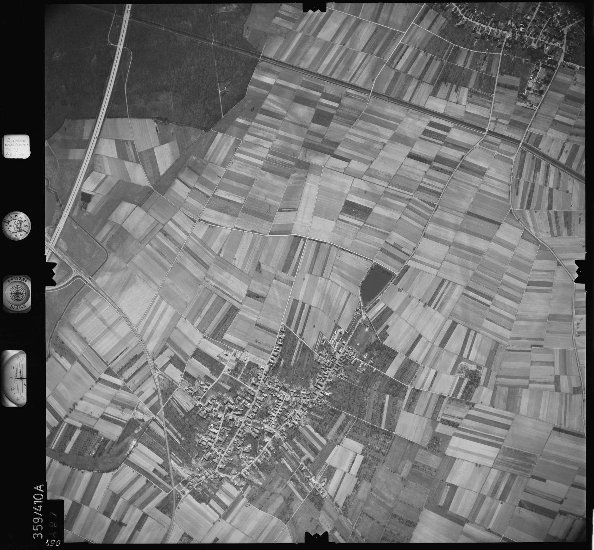 Luftbild: Film 36 Bildnr. 57, Bild 1