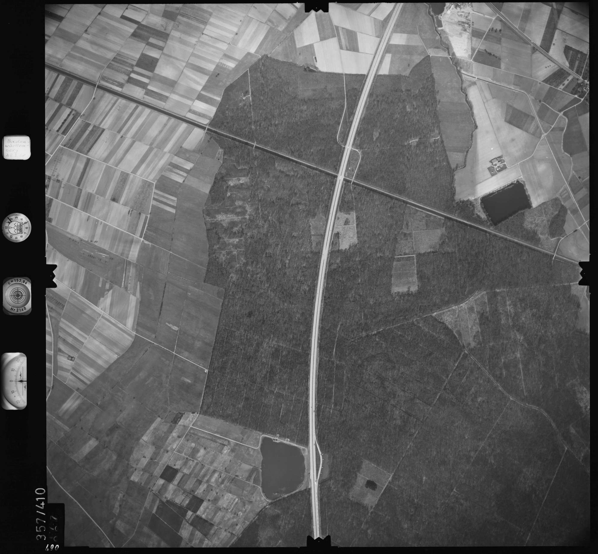Luftbild: Film 36 Bildnr. 67, Bild 1
