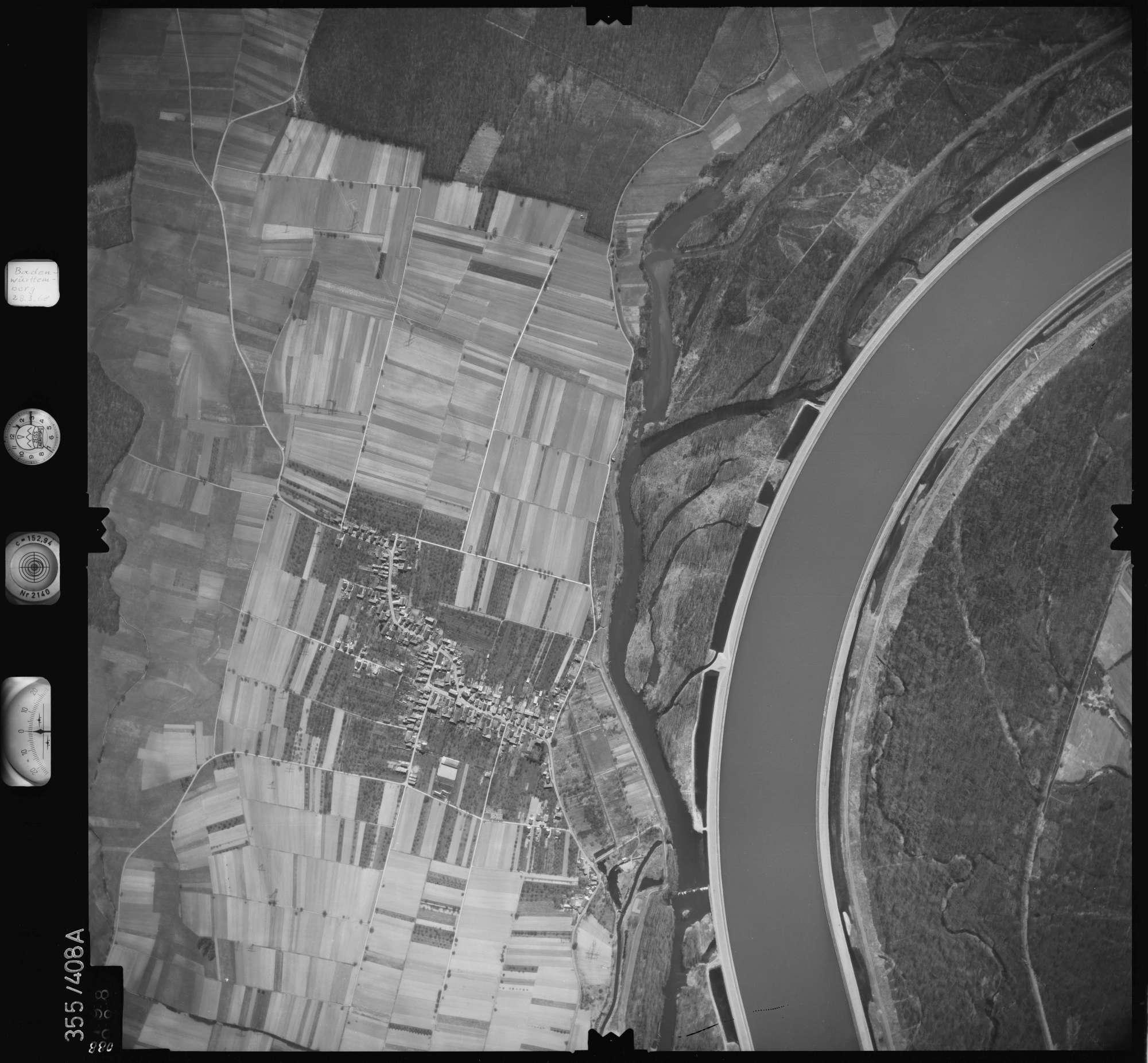 Luftbild: Film 36 Bildnr. 88, Bild 1