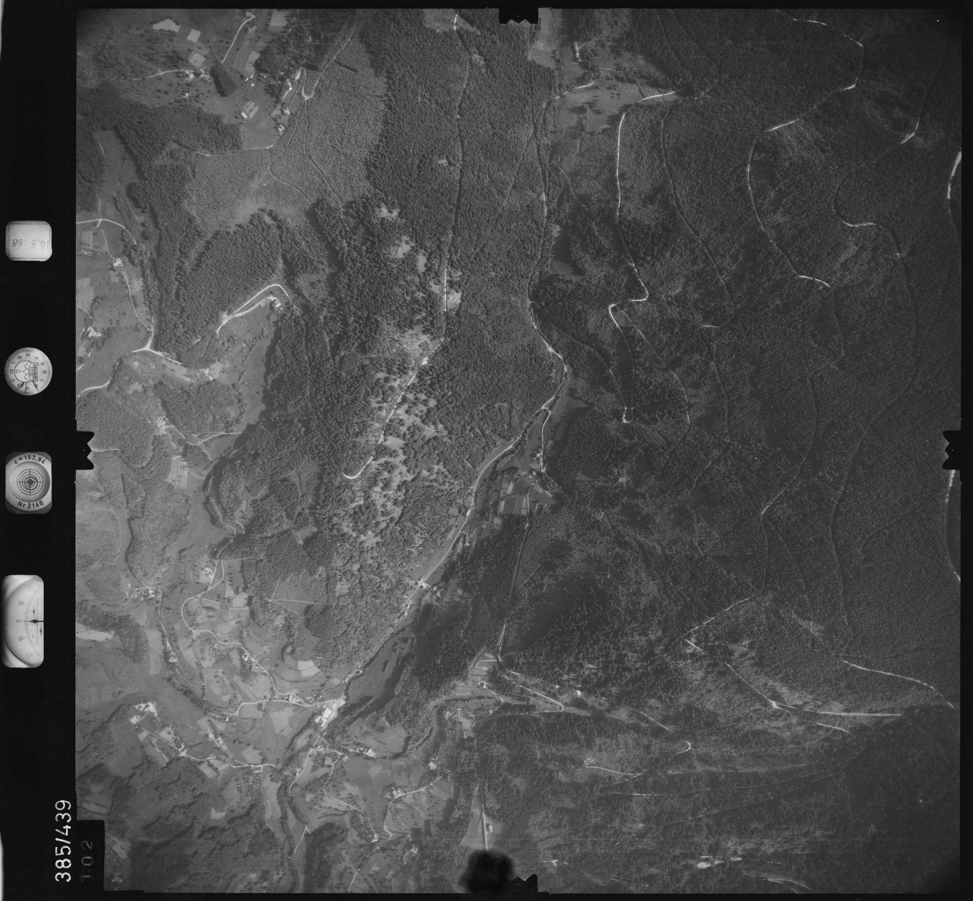 Luftbild: Film 21 Bildnr. 102, Bild 1