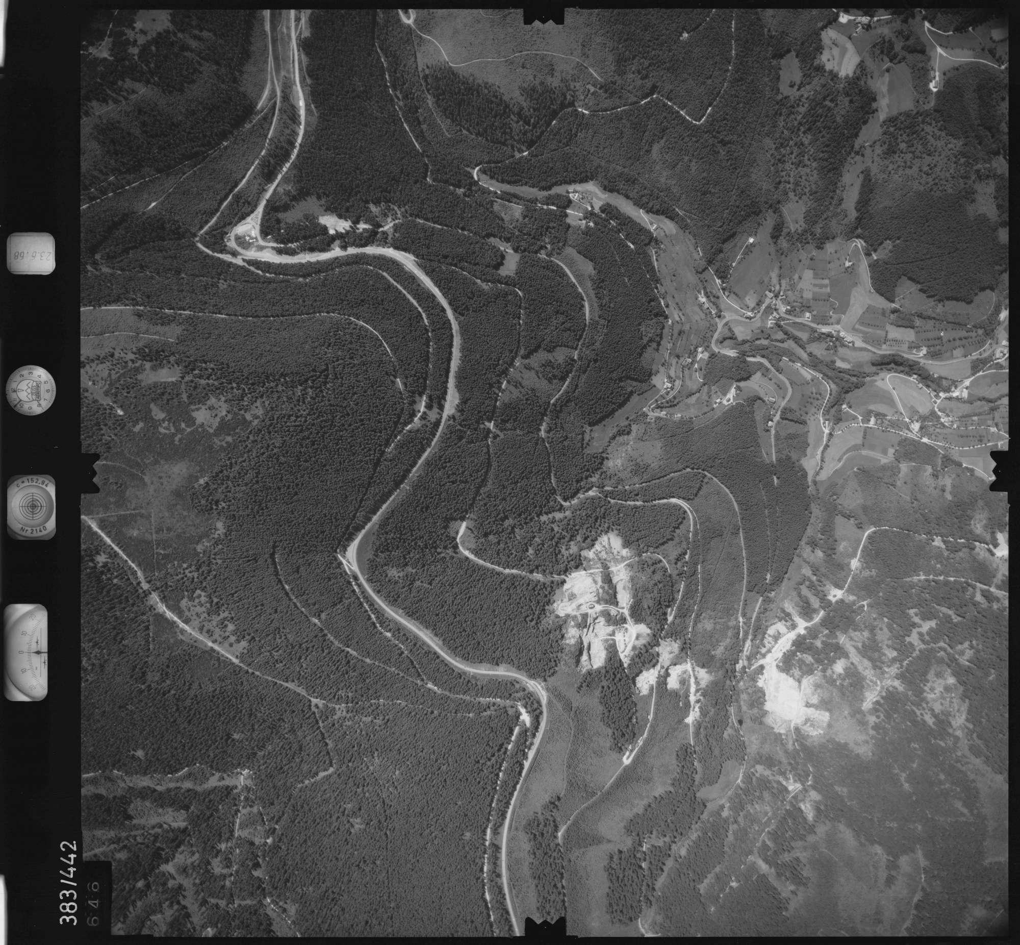 Luftbild: Film 25 Bildnr. 646, Bild 1