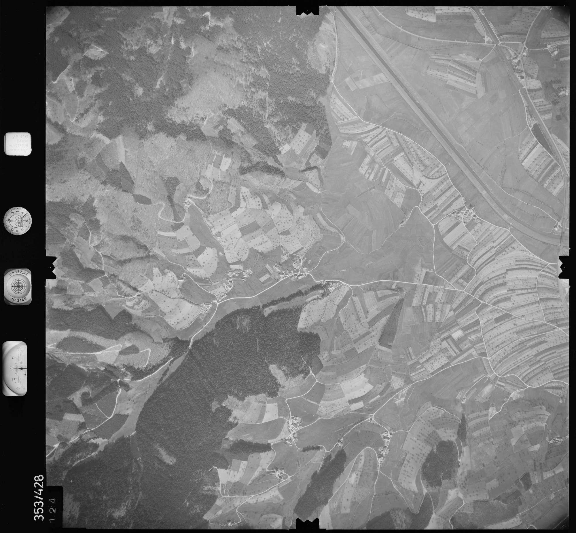 Luftbild: Film 37 Bildnr. 124, Bild 1