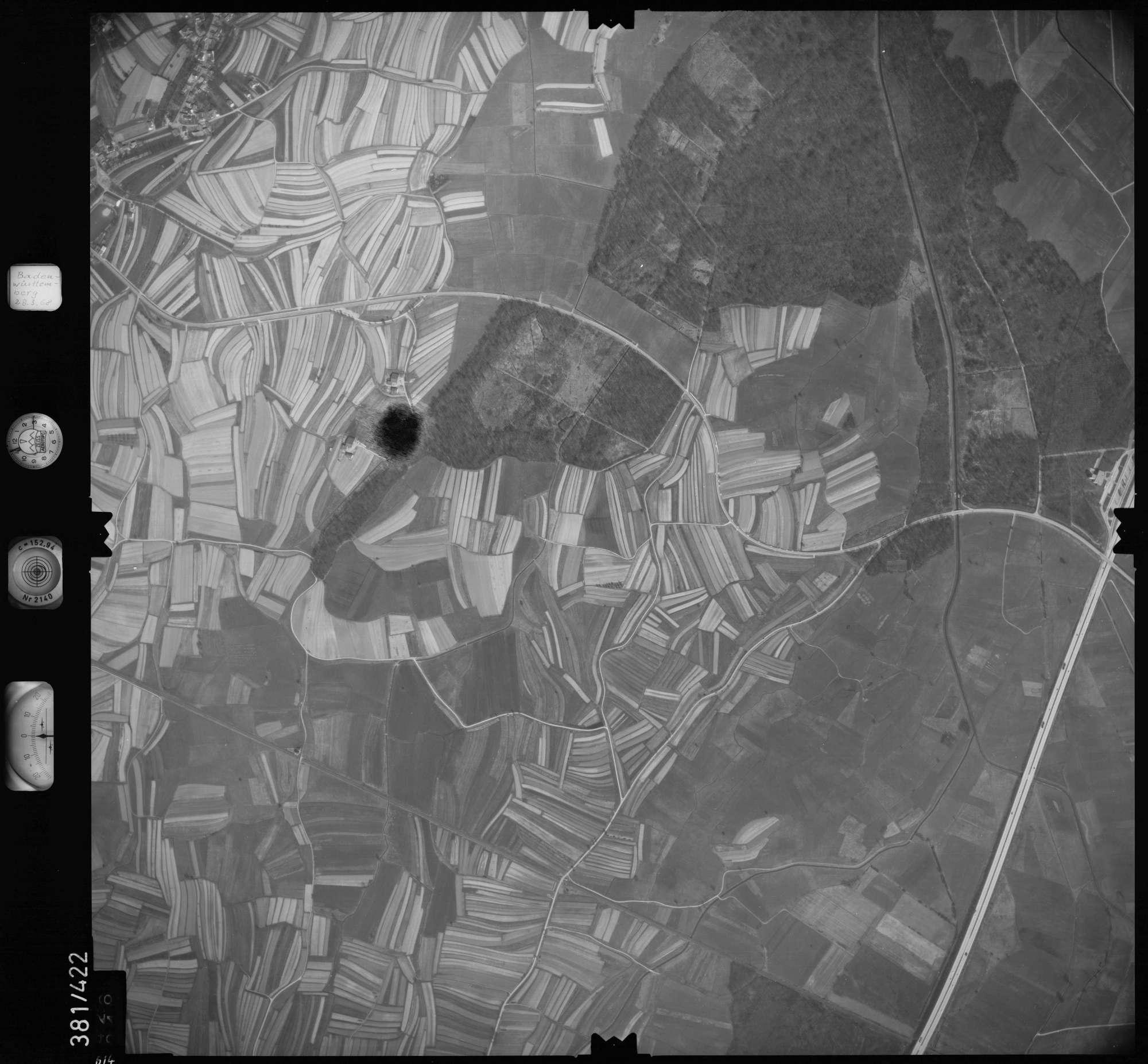 Luftbild: Film 24 Bildnr. 614, Bild 1