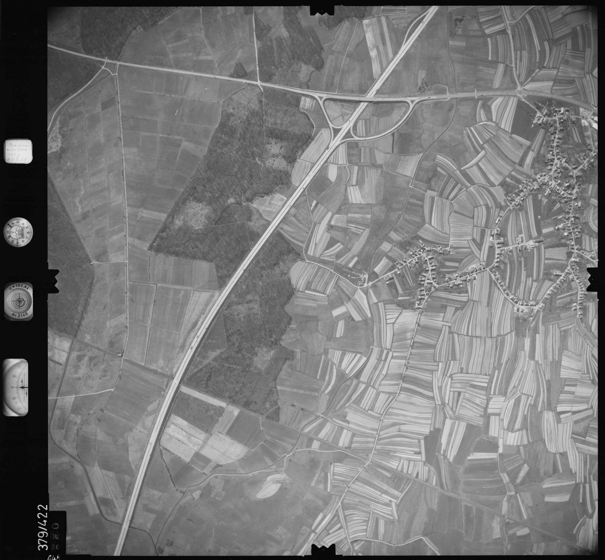 Luftbild: Film 24 Bildnr. 648, Bild 1
