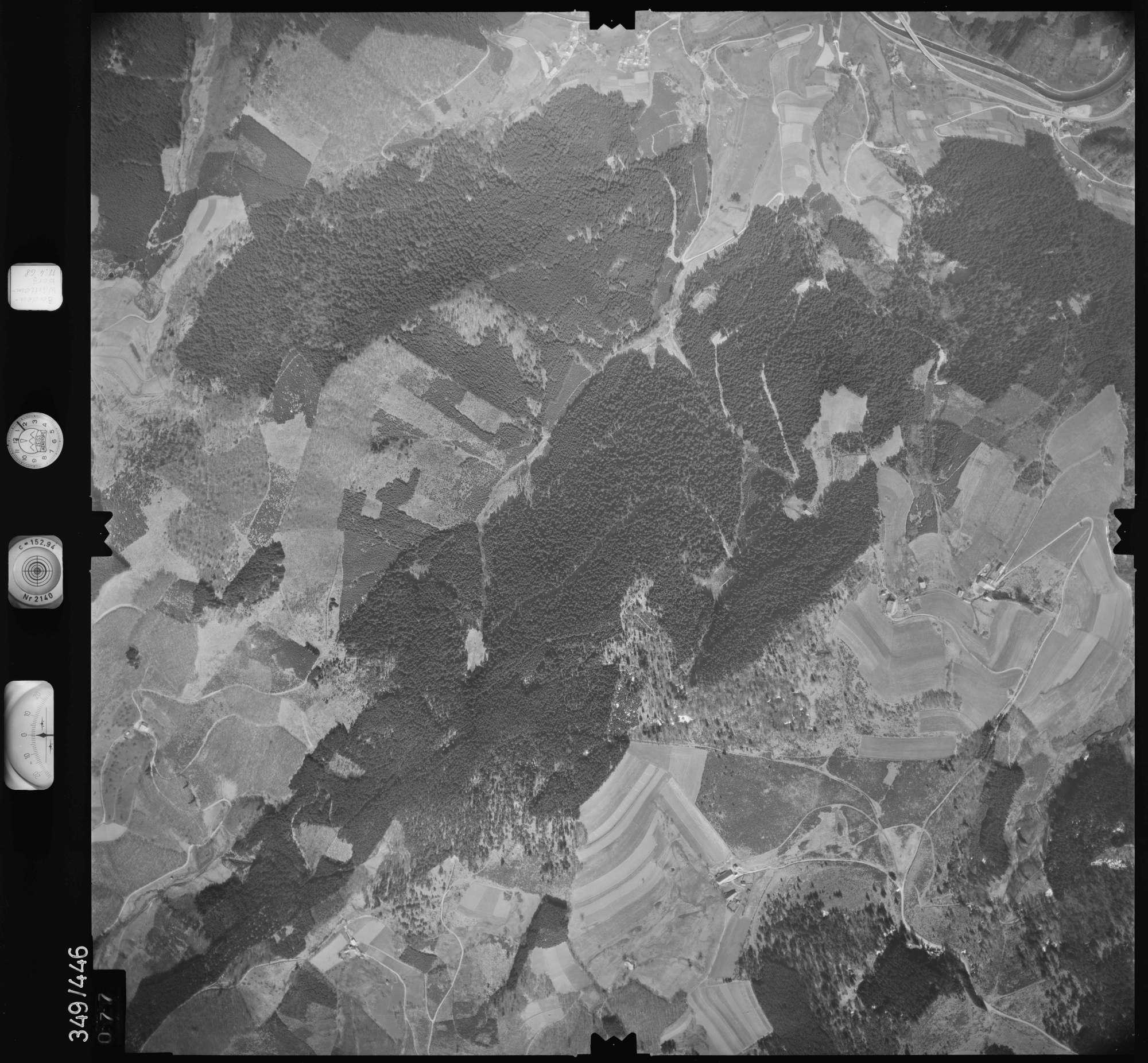 Luftbild: Film 37 Bildnr. 77, Bild 1