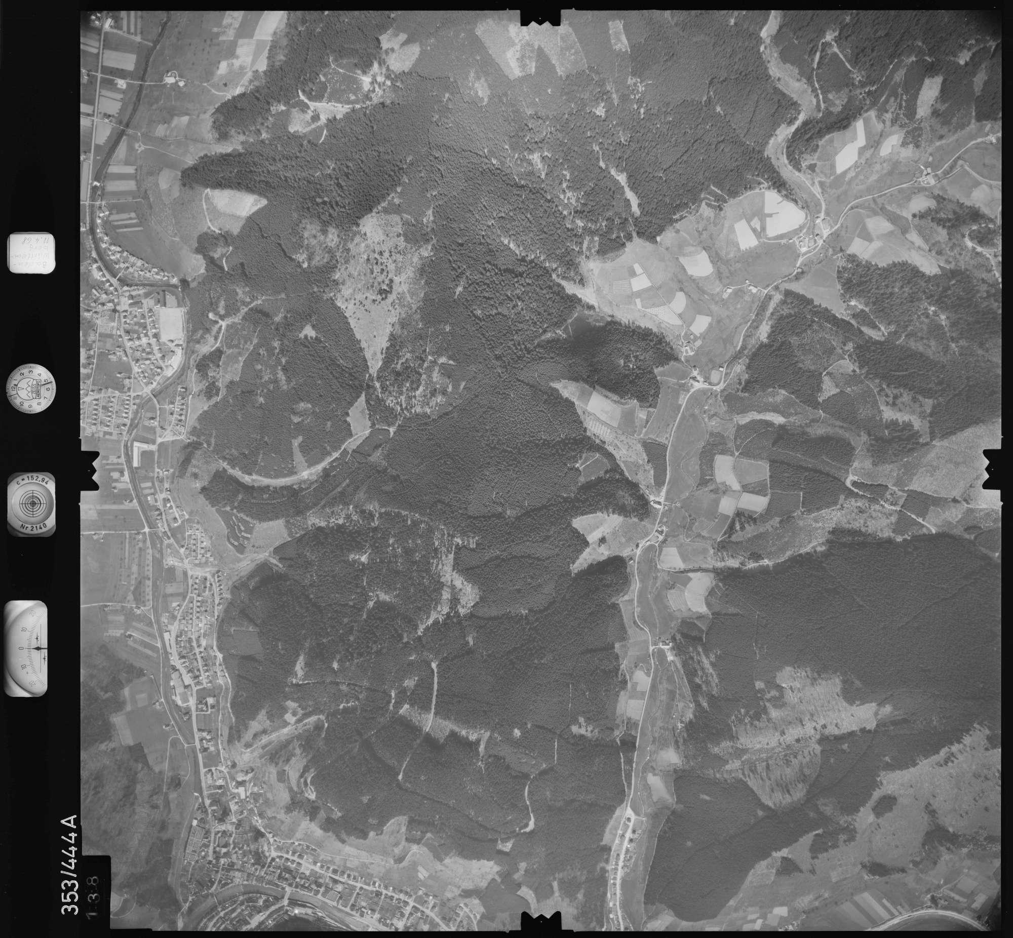 Luftbild: Film 37 Bildnr. 138, Bild 1
