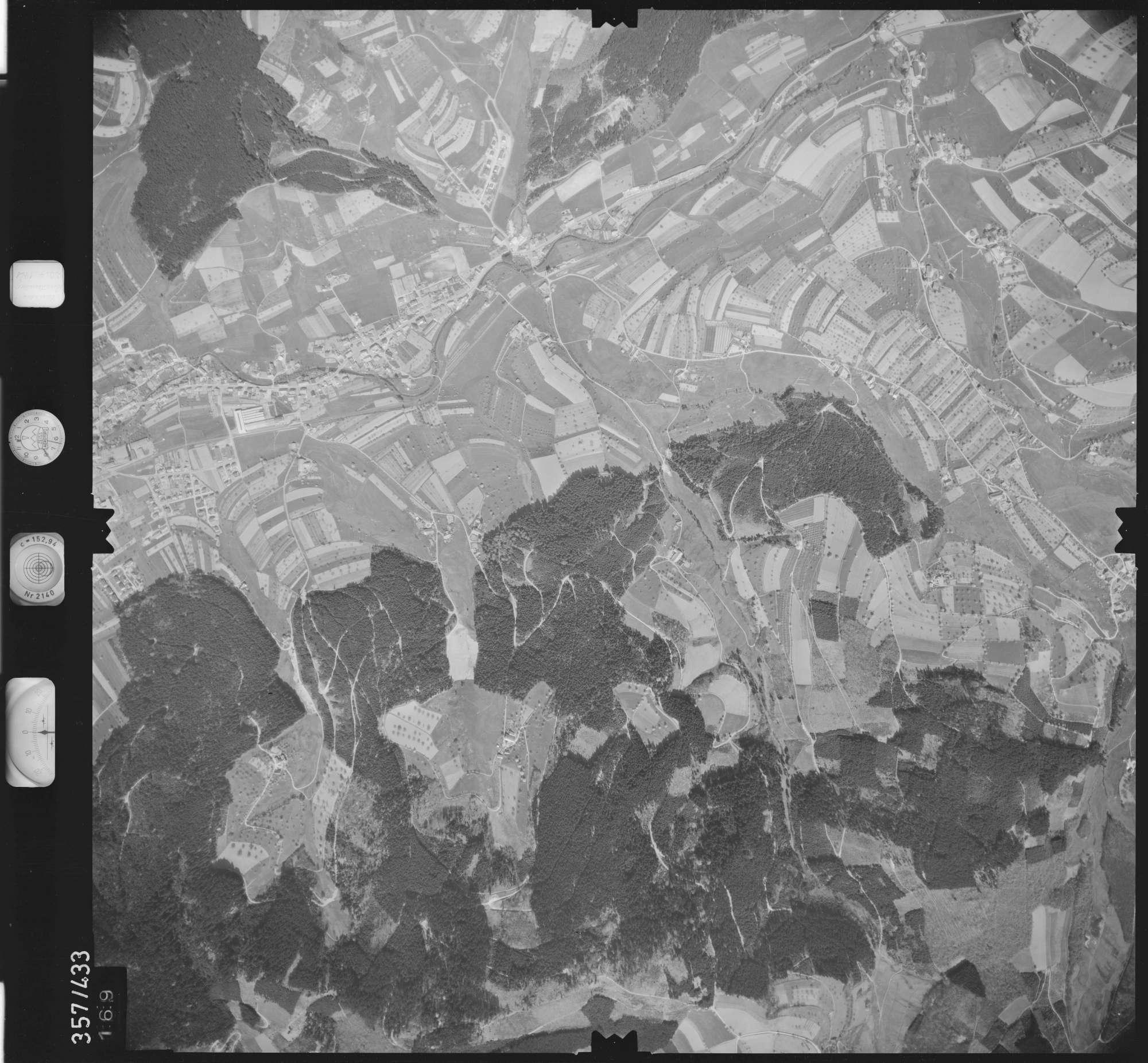 Luftbild: Film 11 Bildnr. 169, Bild 1