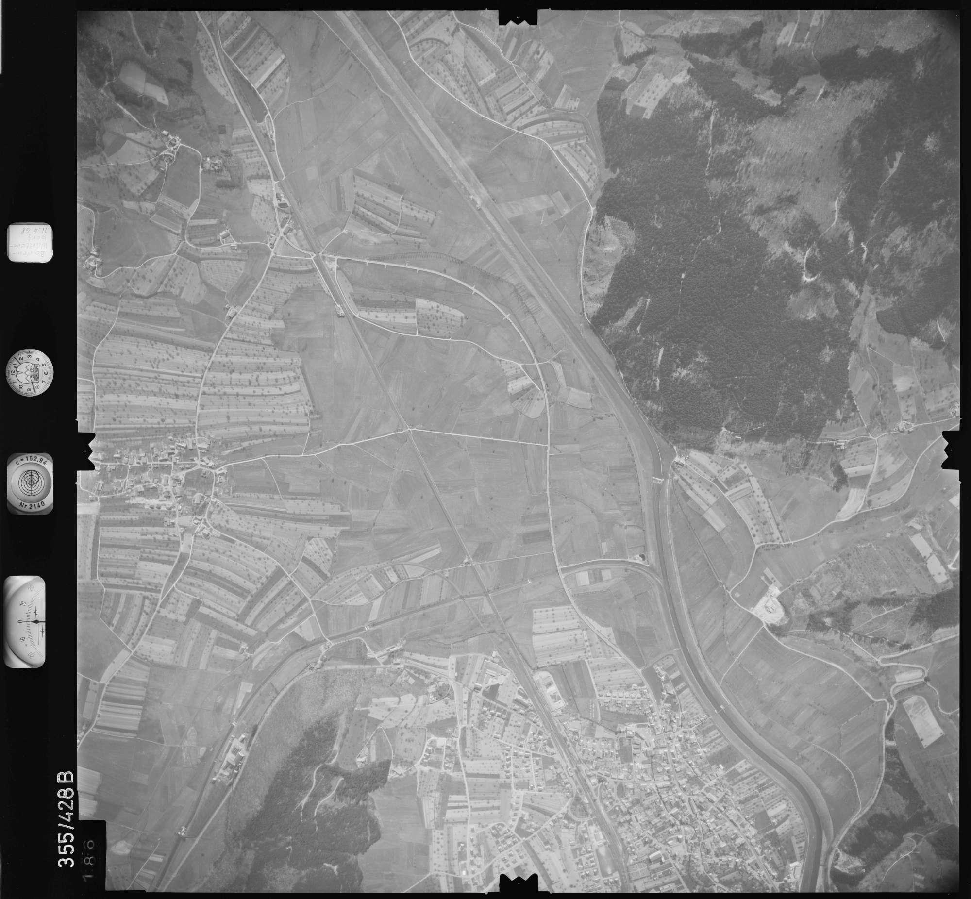 Luftbild: Film 37 Bildnr. 186, Bild 1