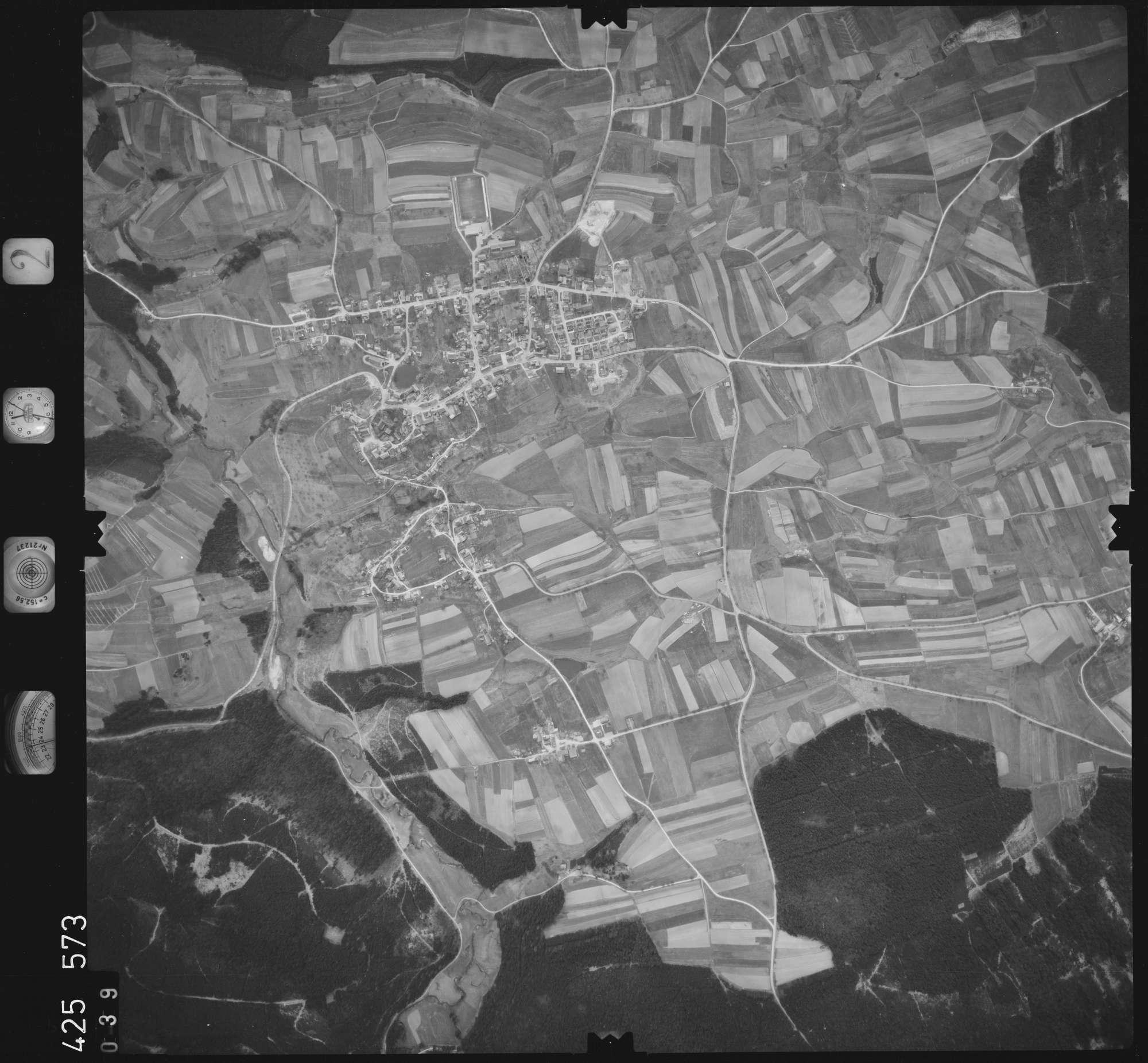 Luftbild: Film 2 Bildnr. 39, Bild 1