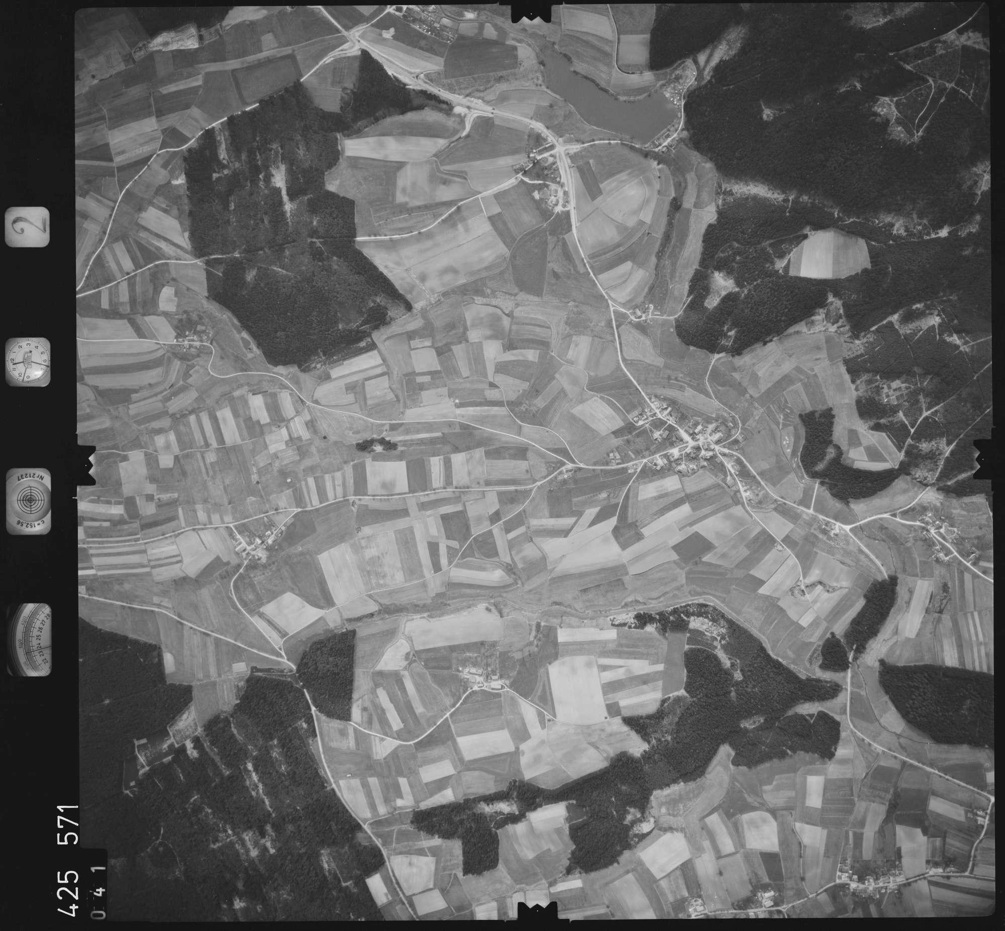 Luftbild: Film 2 Bildnr. 41, Bild 1