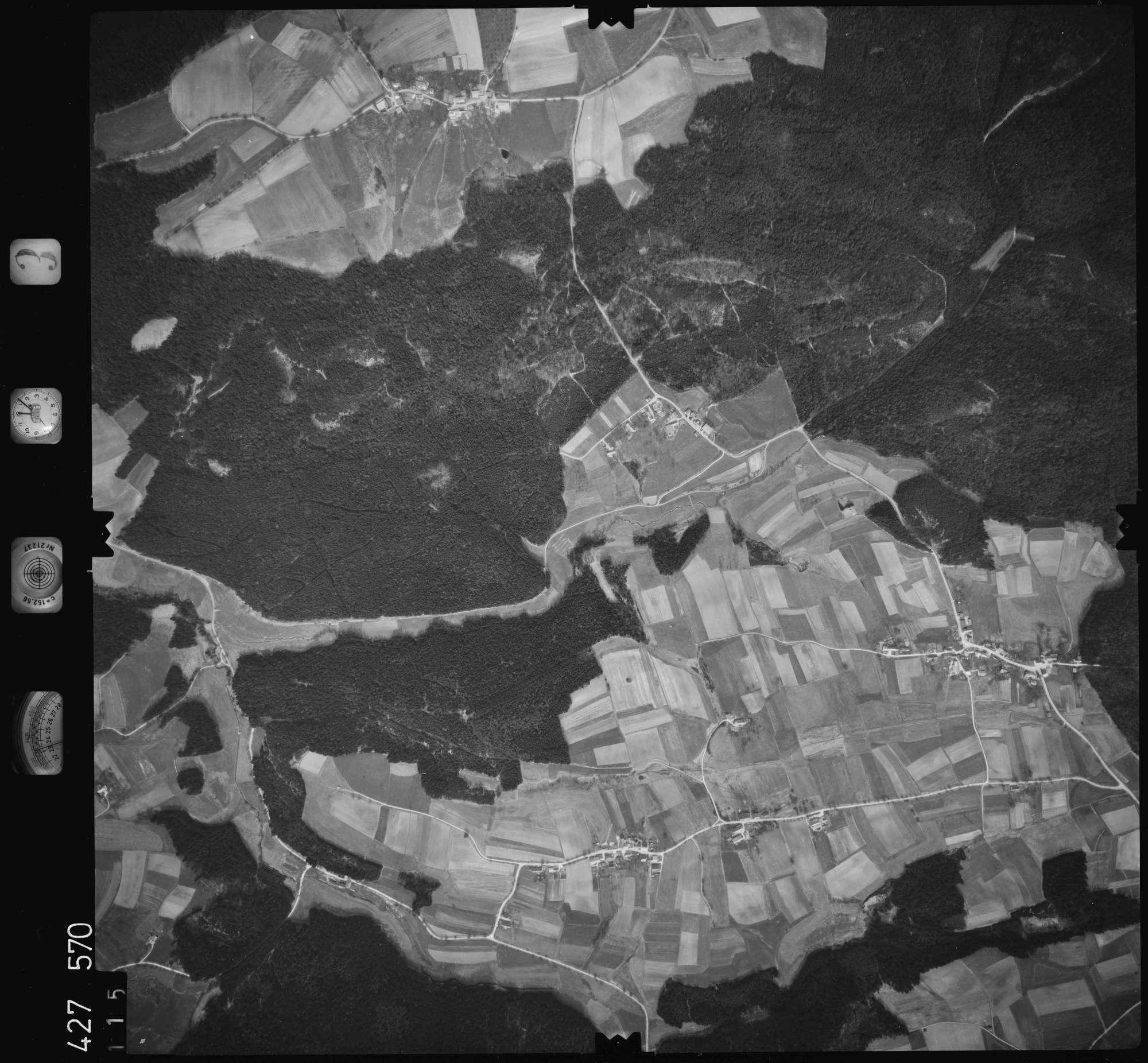 Luftbild: Film 3 Bildnr. 115, Bild 1