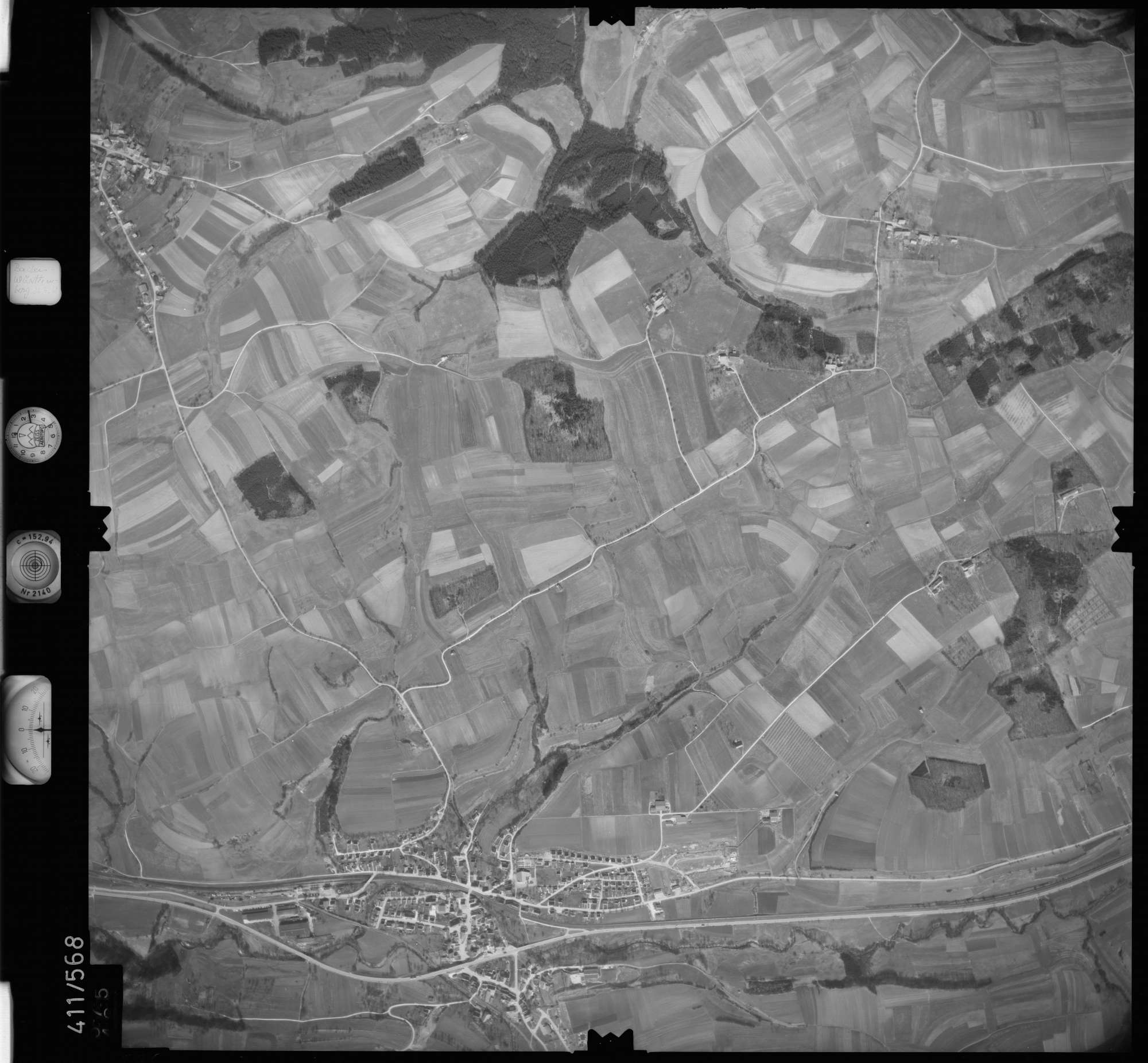 Luftbild: Film 7 Bildnr. 575, Bild 1