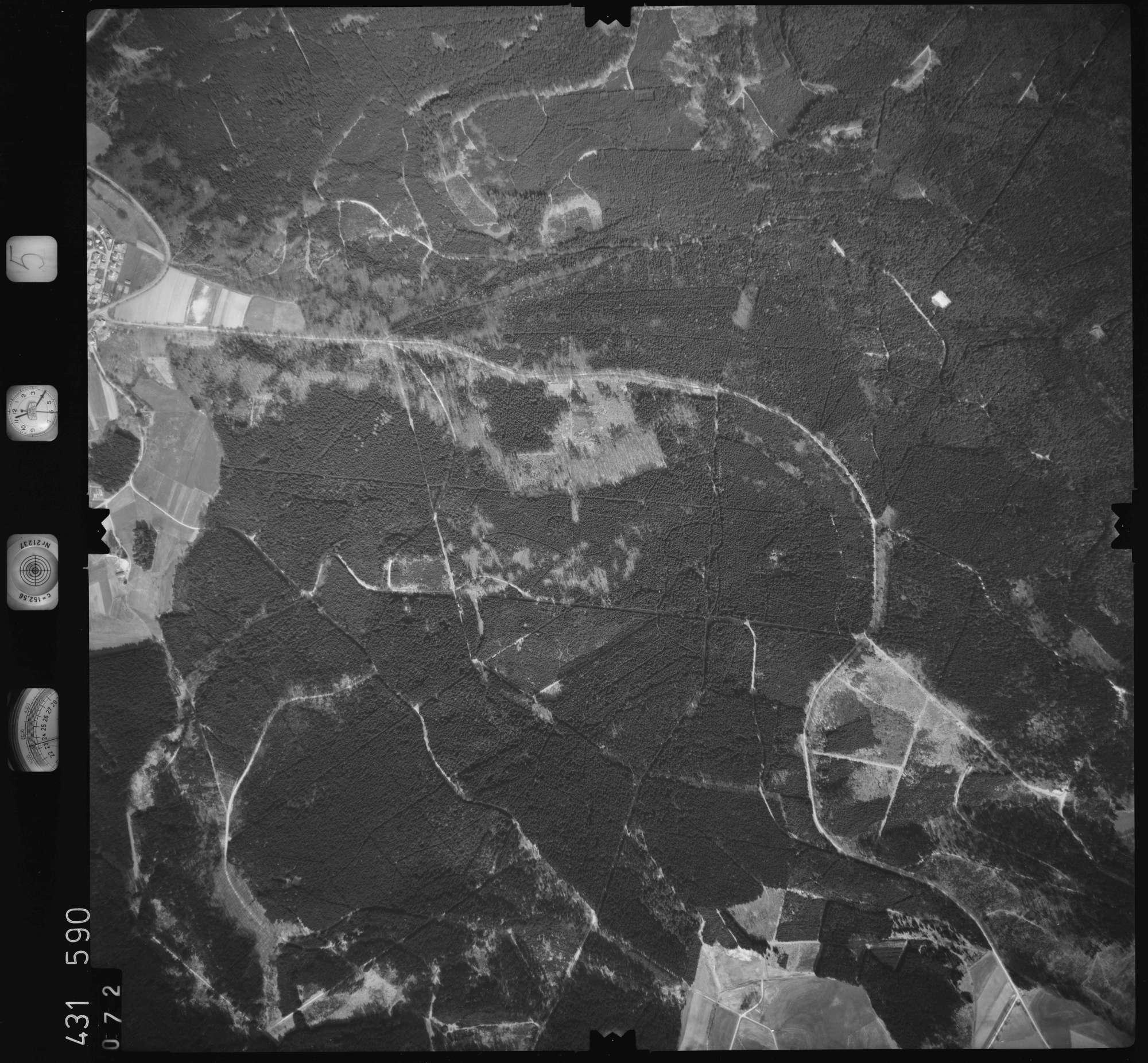 Luftbild: Film 5 Bildnr. 72, Bild 1
