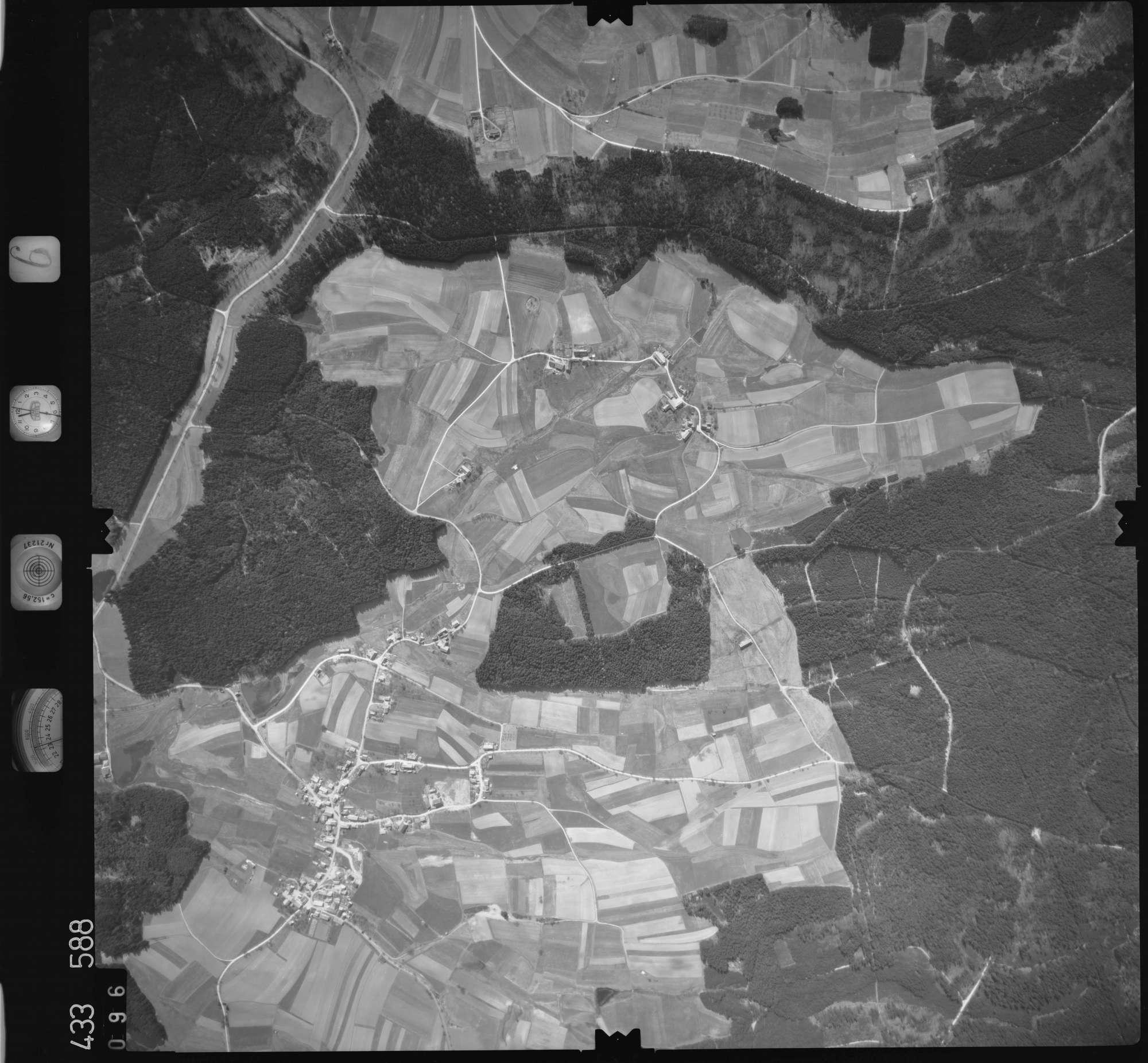 Luftbild: Film 6 Bildnr. 96, Bild 1