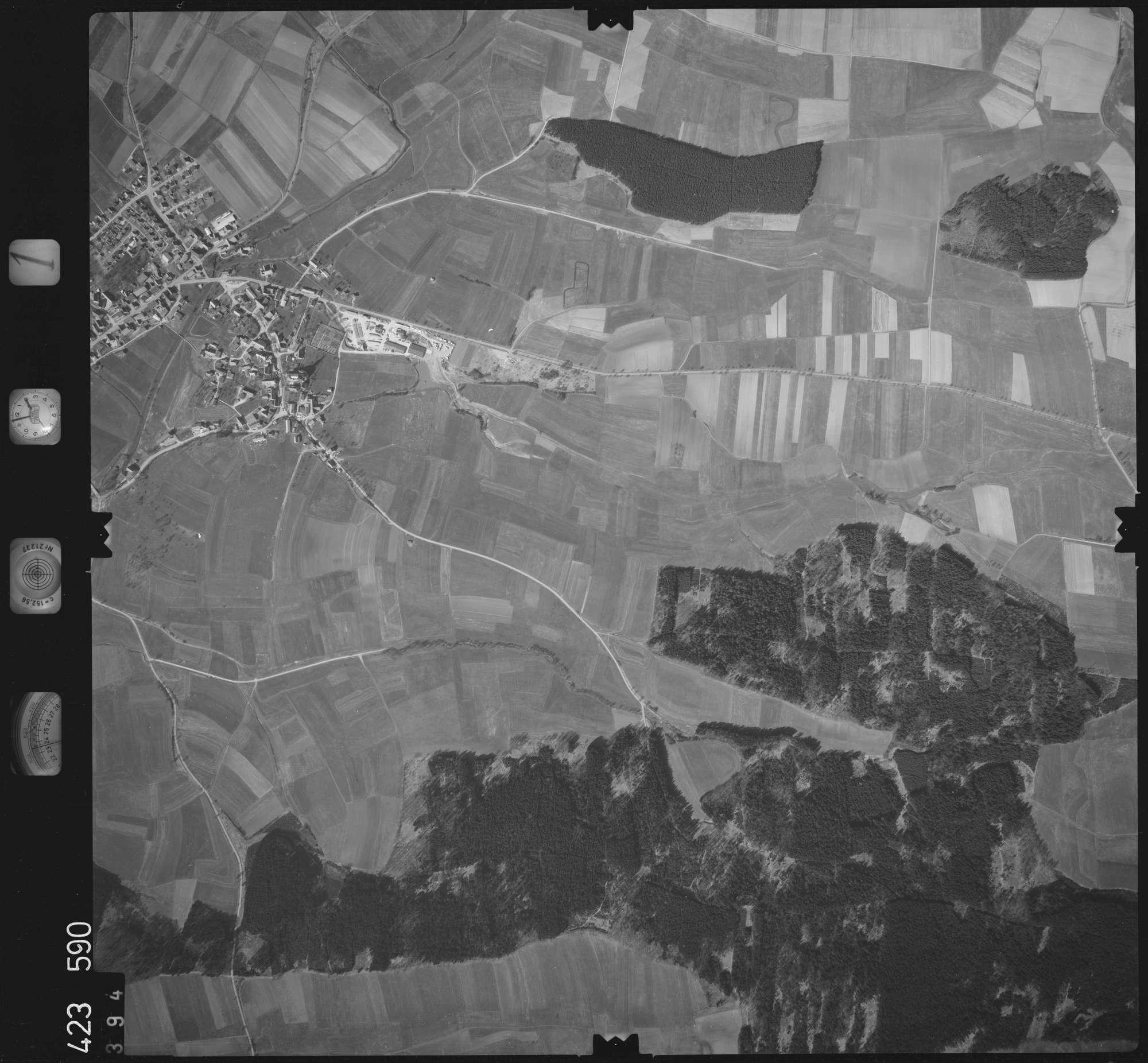 Luftbild: Film 1 Bildnr. 394, Bild 1