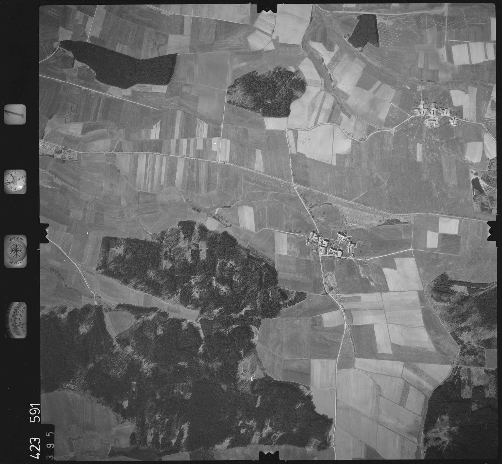 Luftbild: Film 1 Bildnr. 395, Bild 1