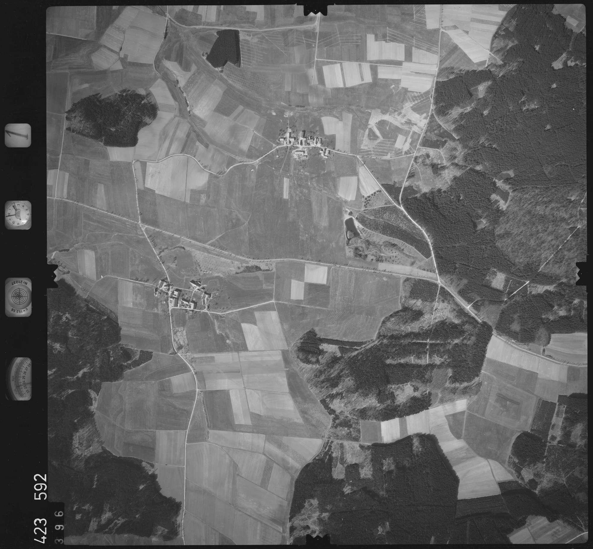Luftbild: Film 1 Bildnr. 396, Bild 1
