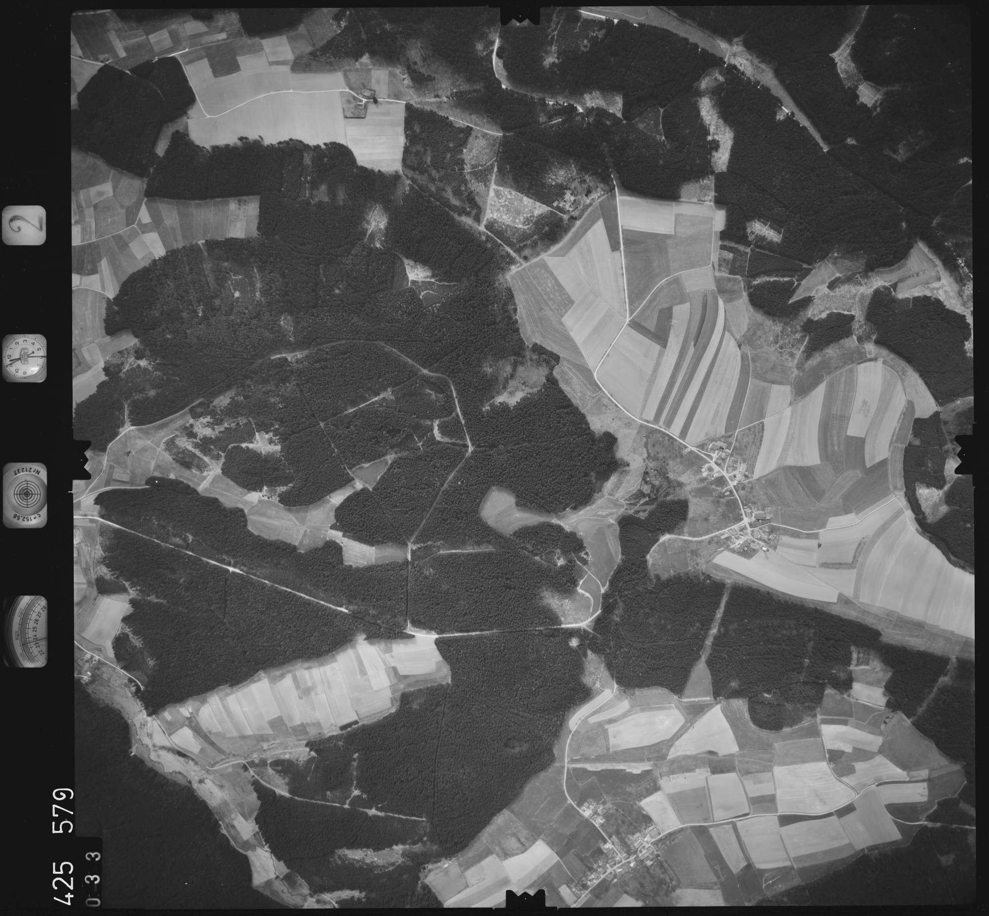 Luftbild: Film 2 Bildnr. 33, Bild 1