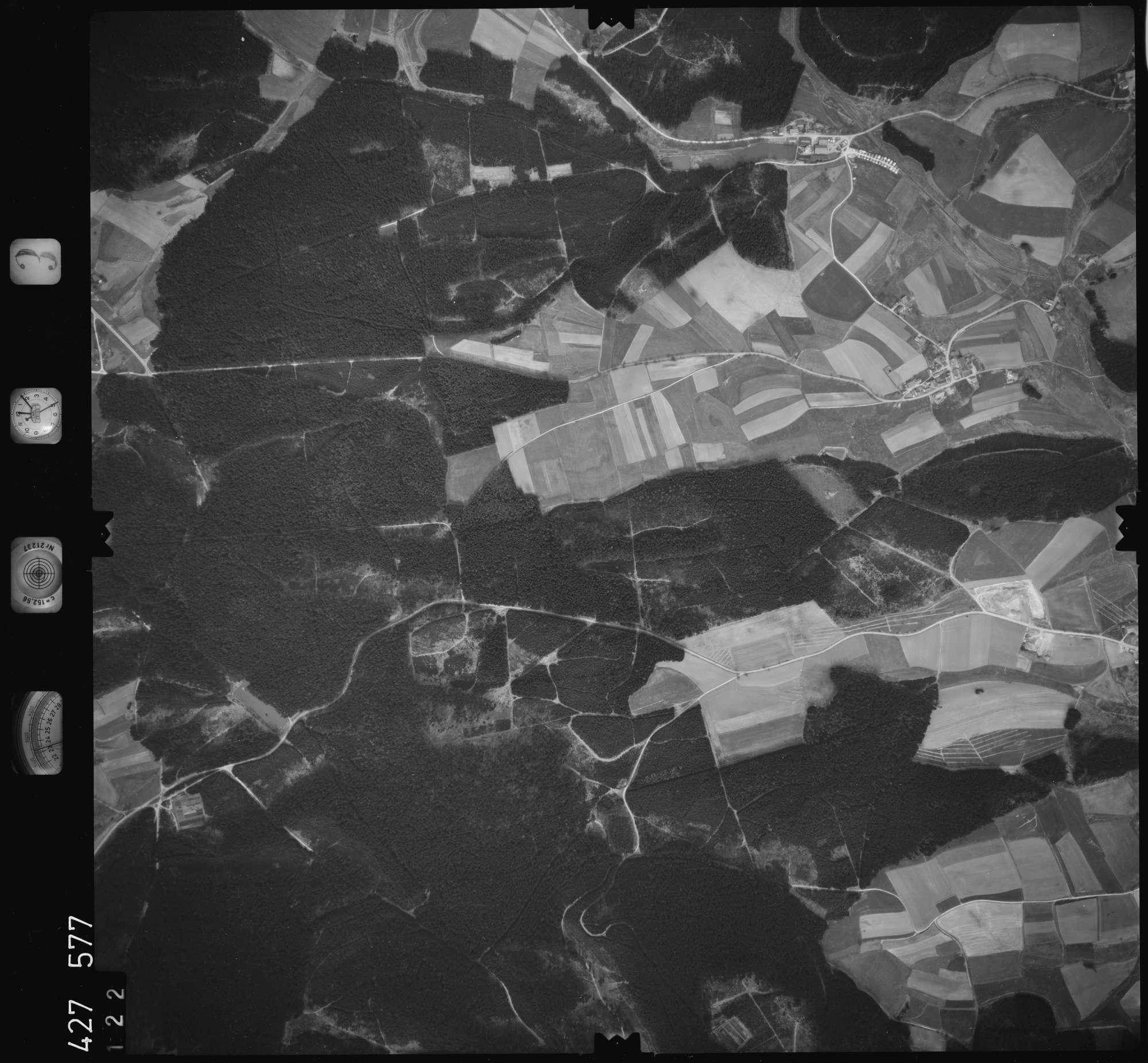 Luftbild: Film 3 Bildnr. 122, Bild 1