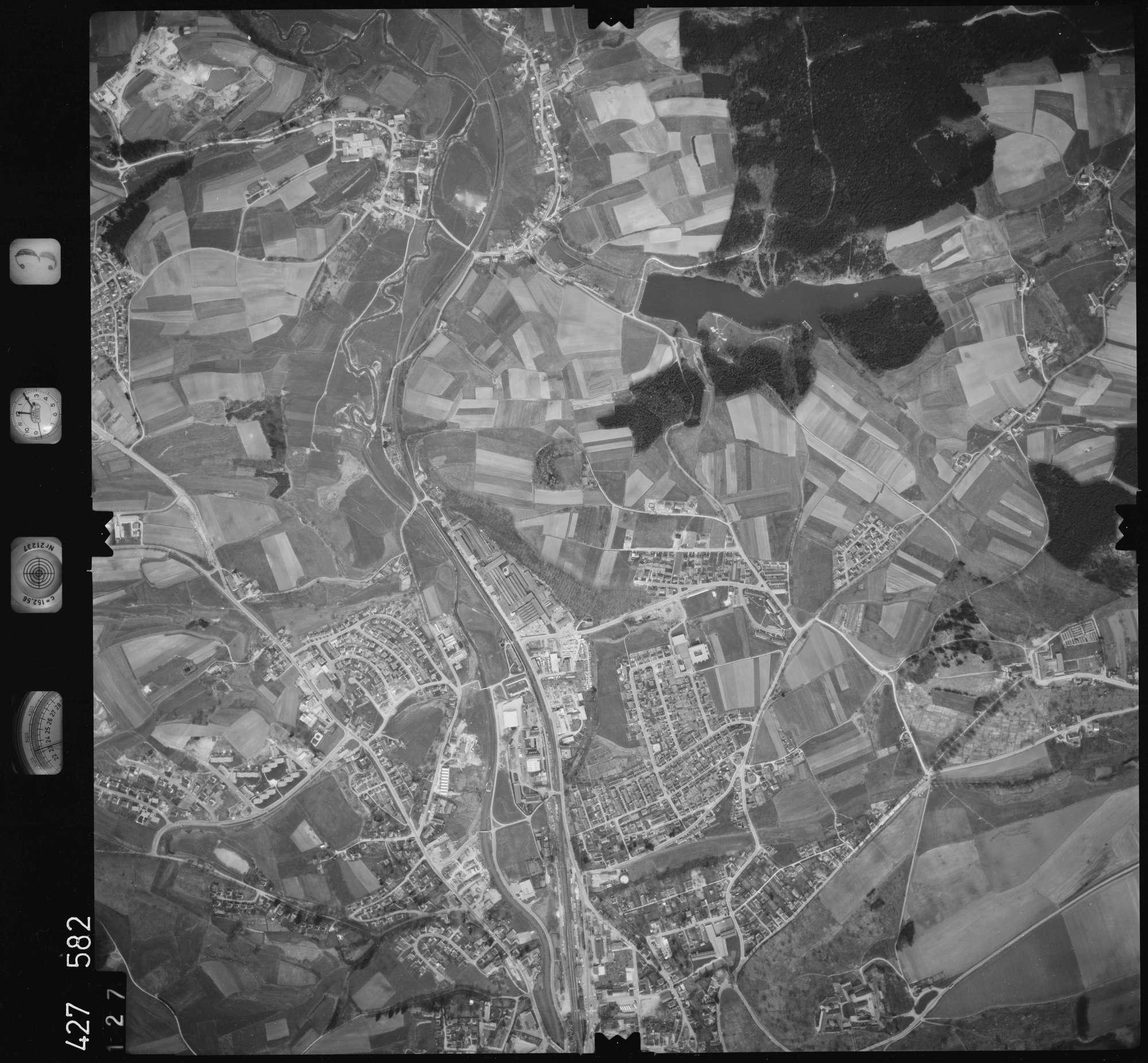 Luftbild: Film 3 Bildnr. 127, Bild 1