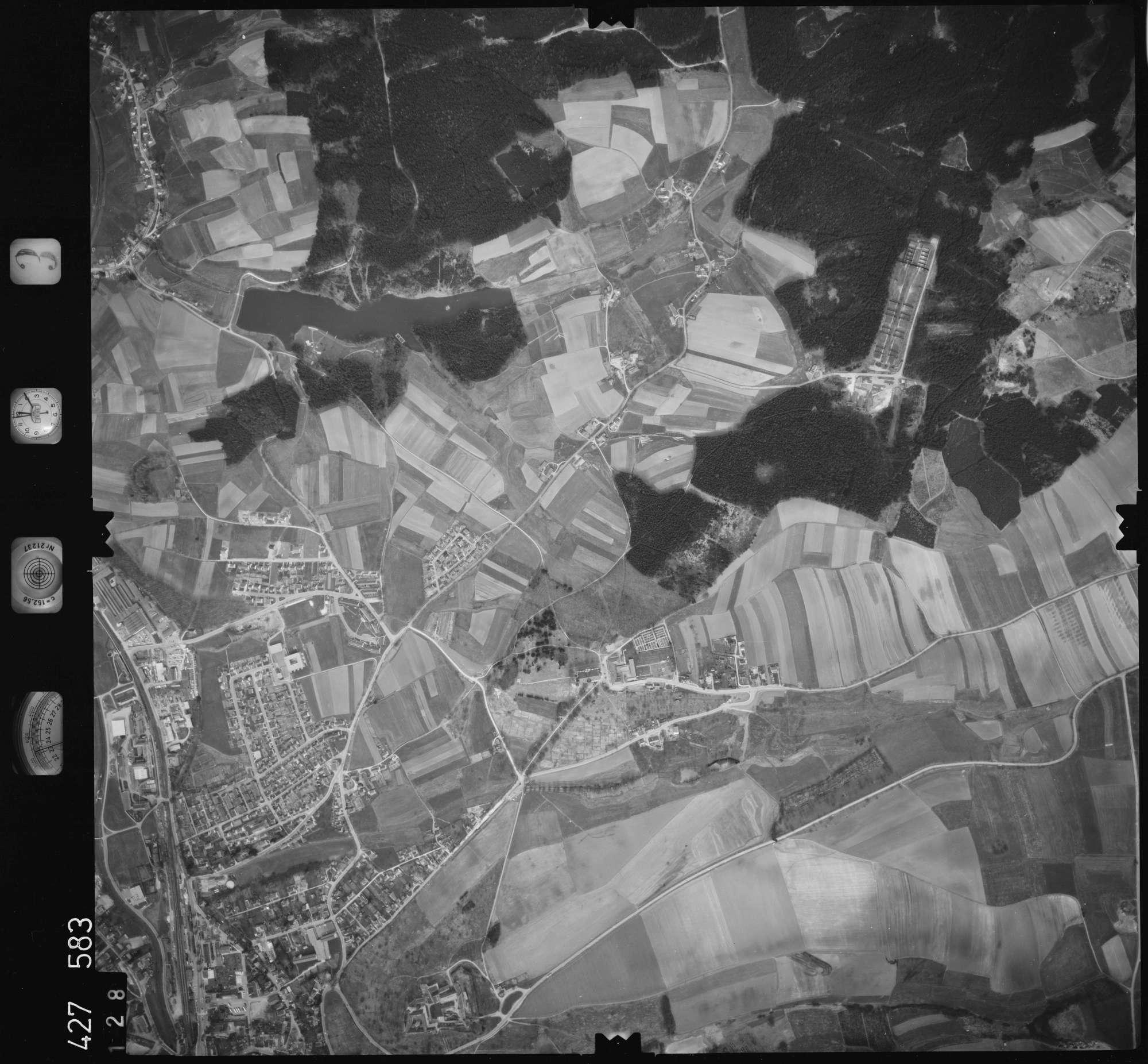 Luftbild: Film 3 Bildnr. 128, Bild 1