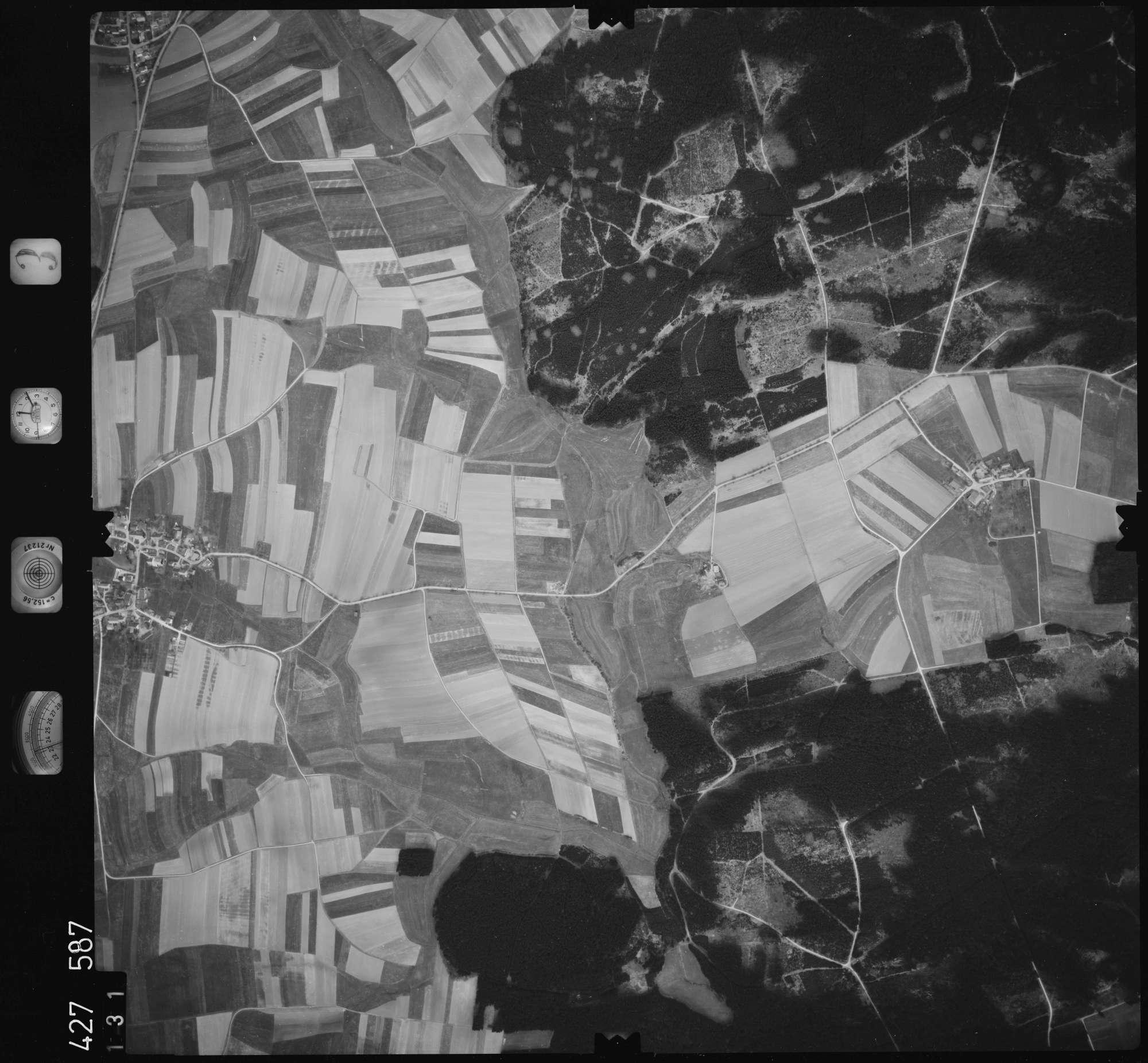 Luftbild: Film 3 Bildnr. 131, Bild 1