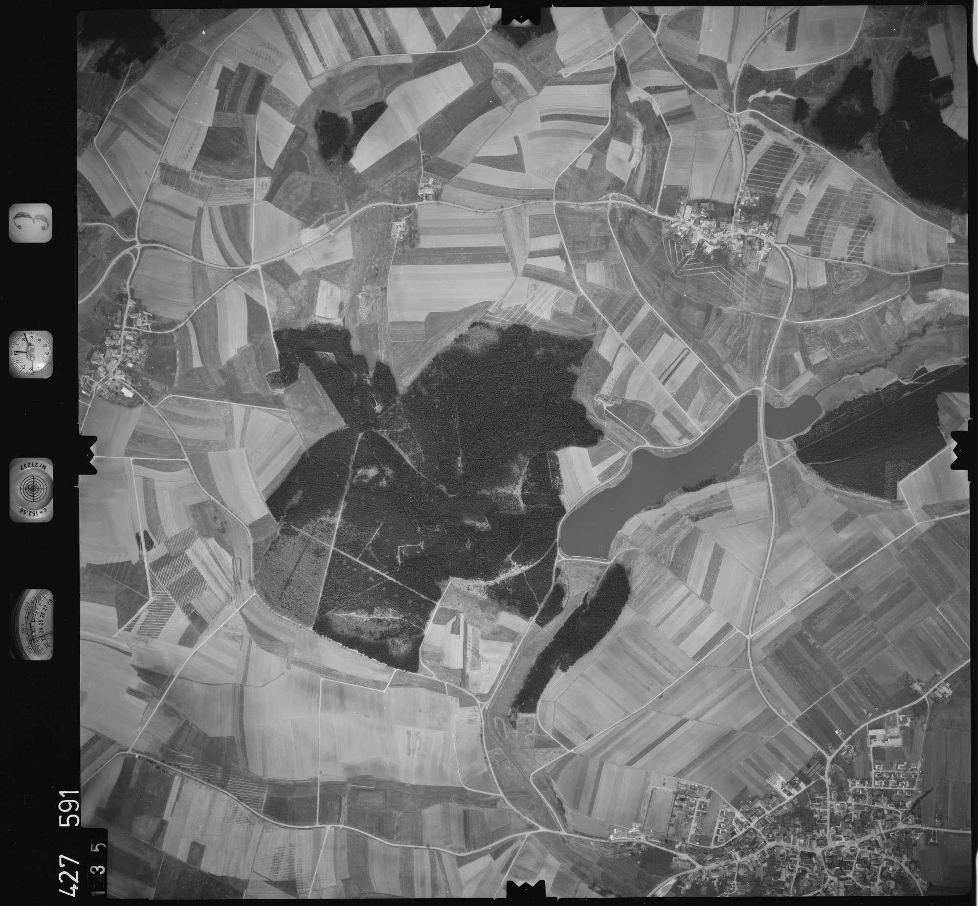 Luftbild: Film 3 Bildnr. 135, Bild 1