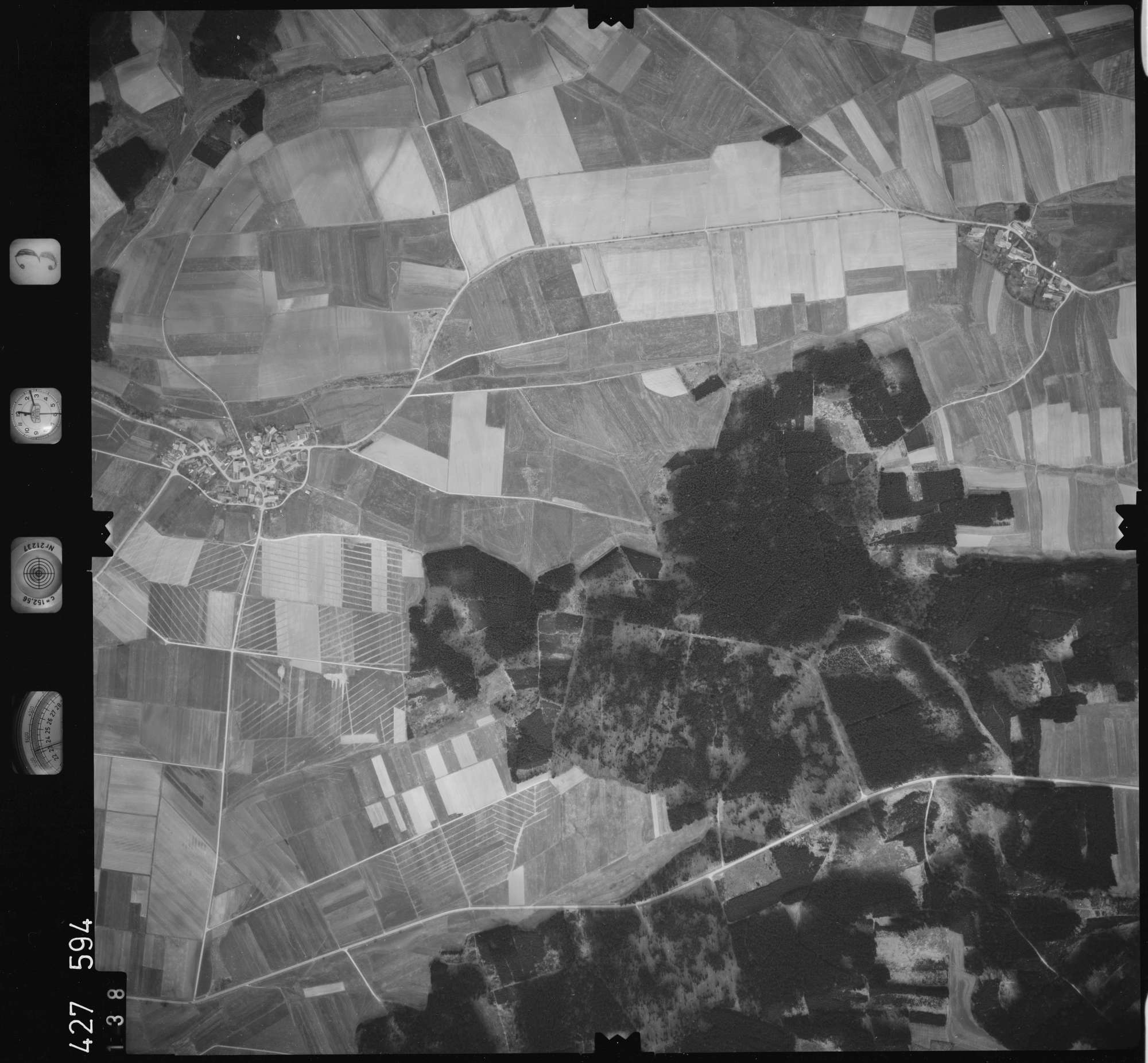 Luftbild: Film 3 Bildnr. 138, Bild 1