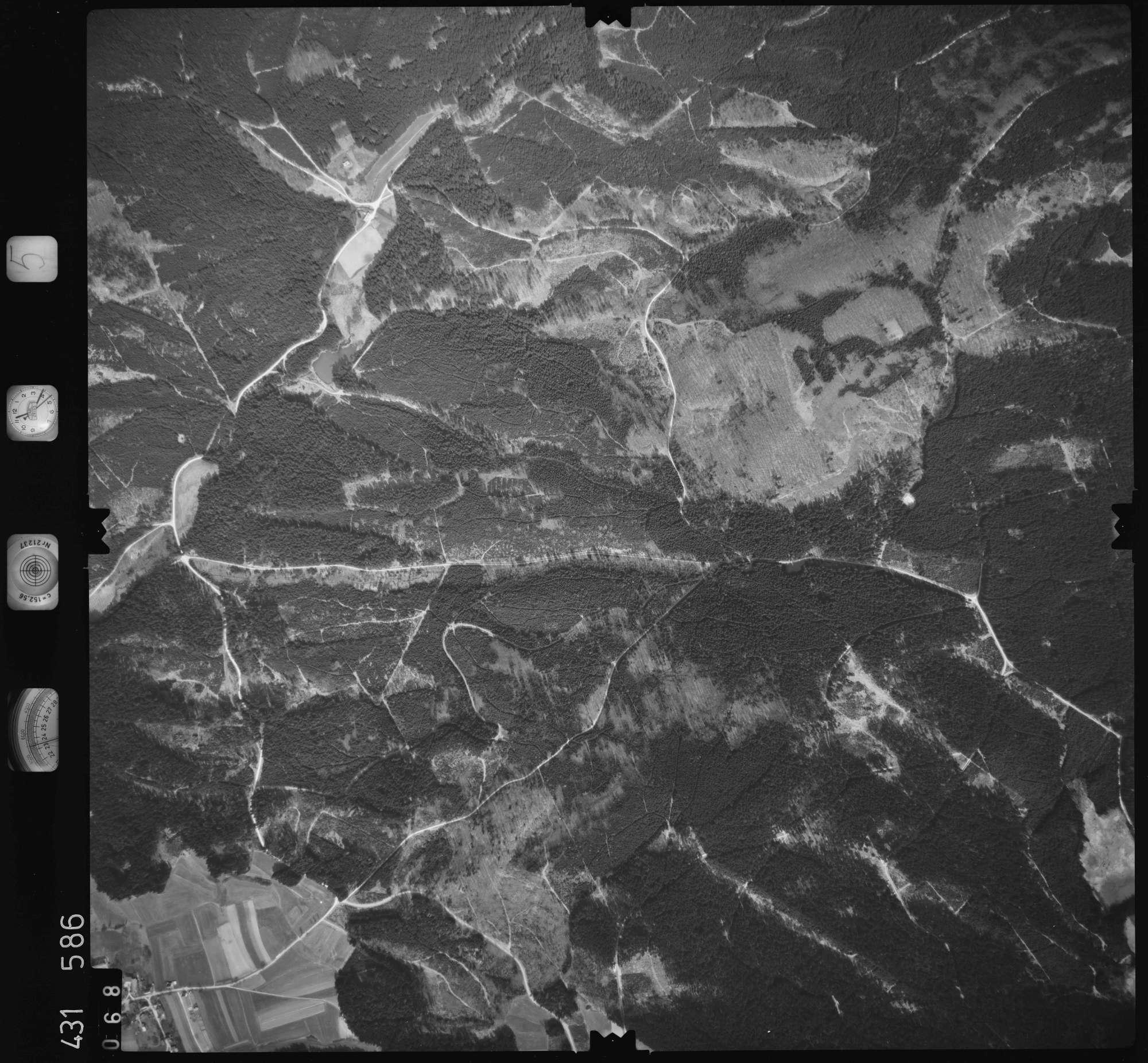 Luftbild: Film 5 Bildnr. 68, Bild 1