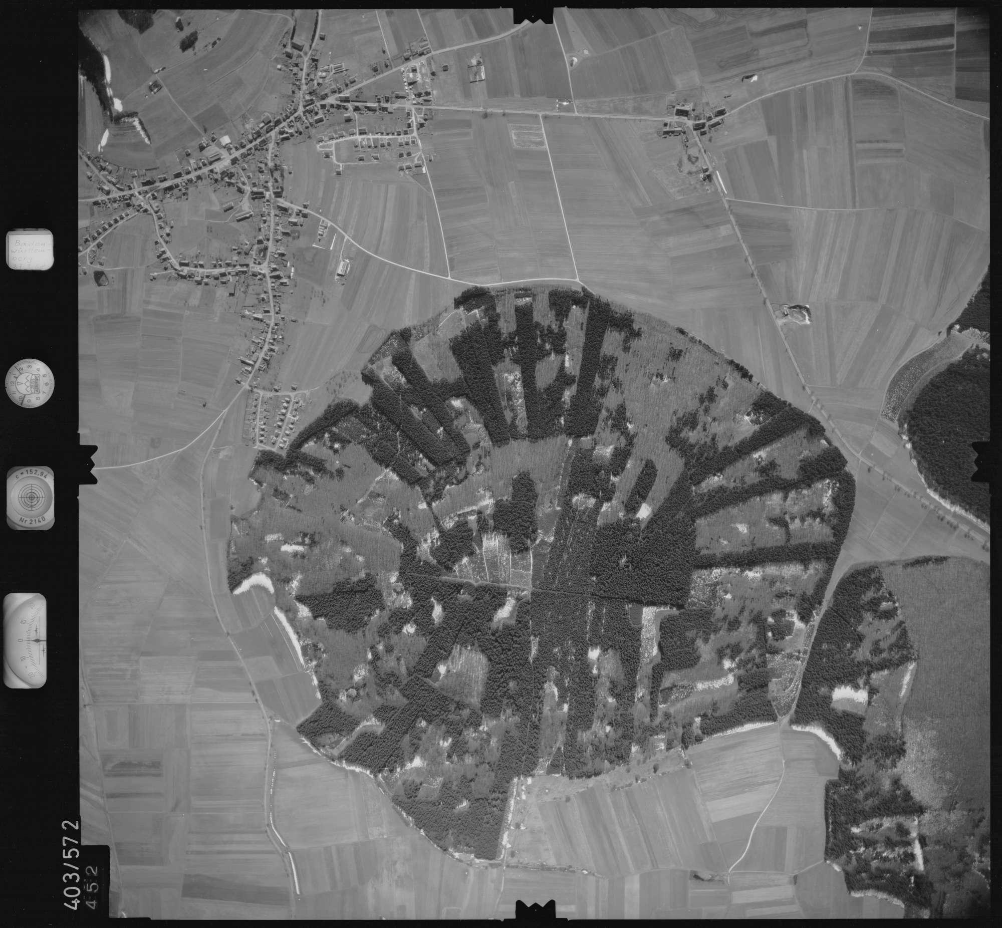 Luftbild: Film 10 Bildnr. 452, Bild 1