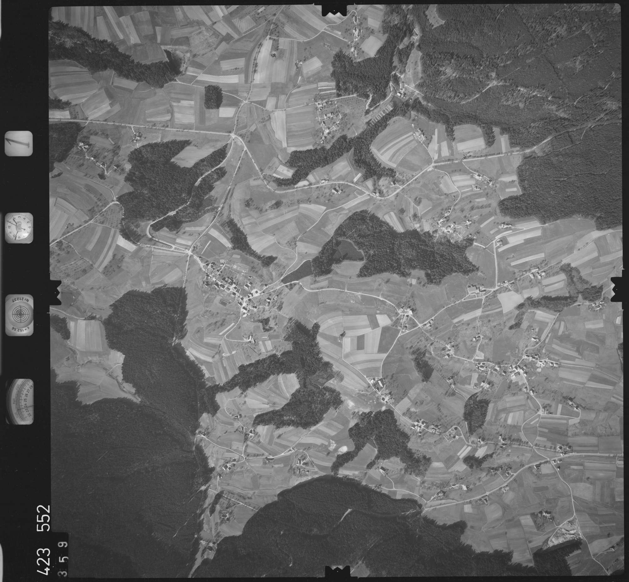 Luftbild: Film 1 Bildnr. 359, Bild 1