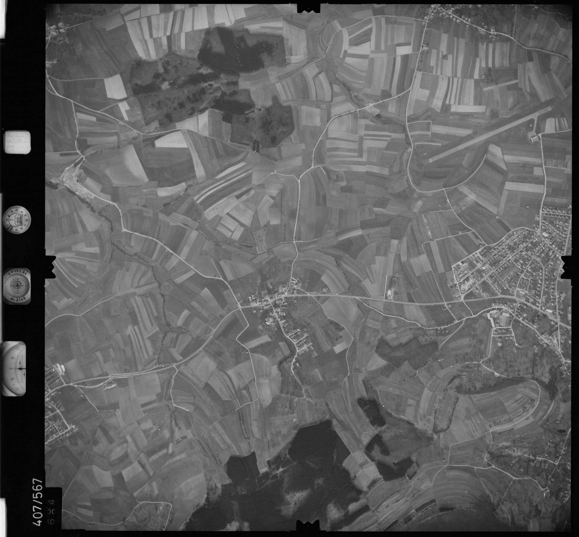 Luftbild: Film 7 Bildnr. 704, Bild 1