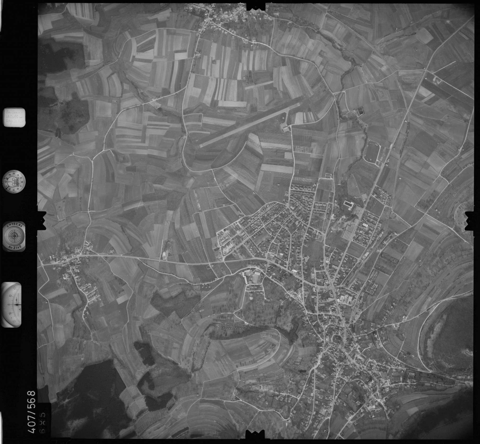 Luftbild: Film 7 Bildnr. 705, Bild 1