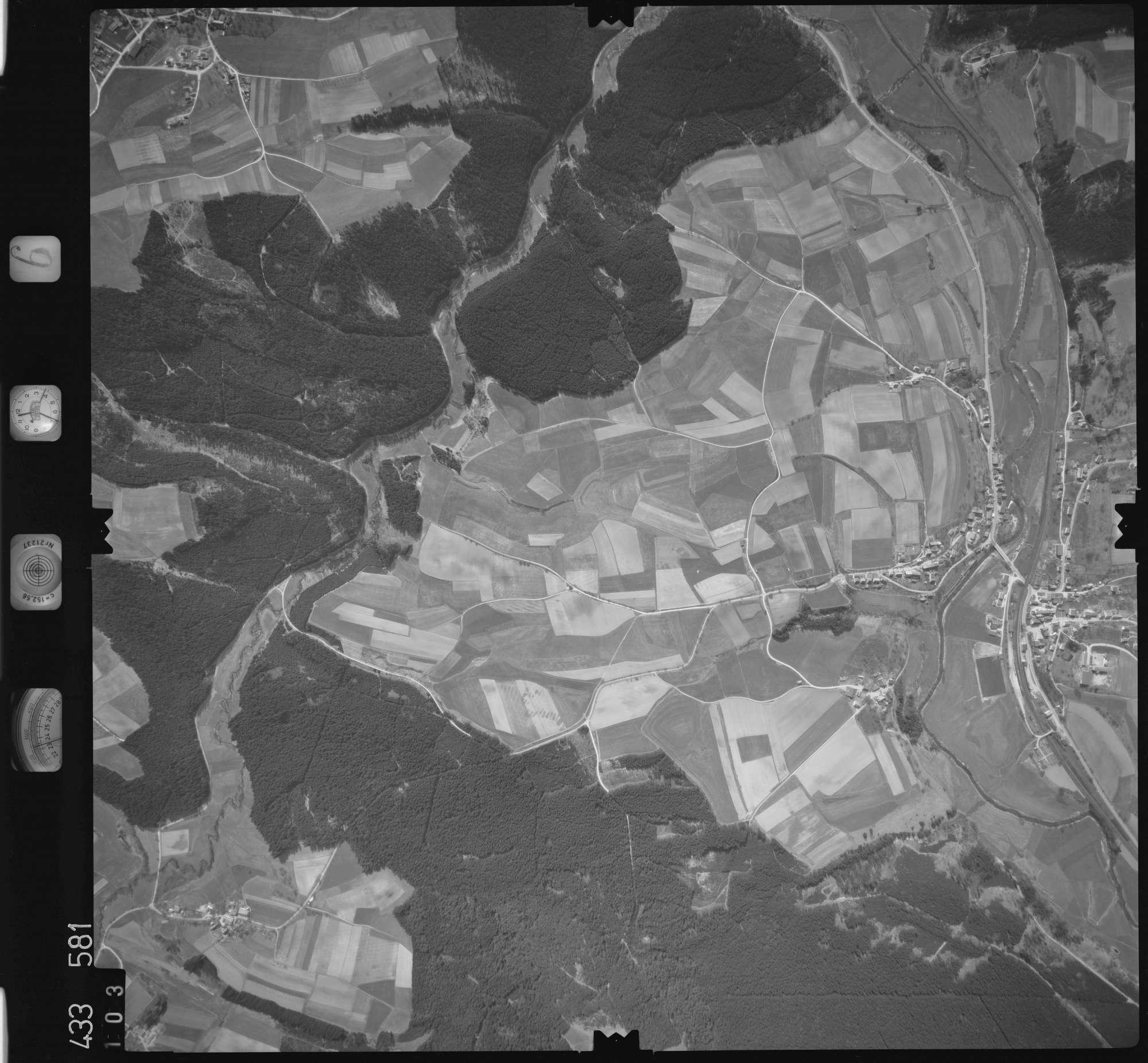 Luftbild: Film 6 Bildnr. 103, Bild 1