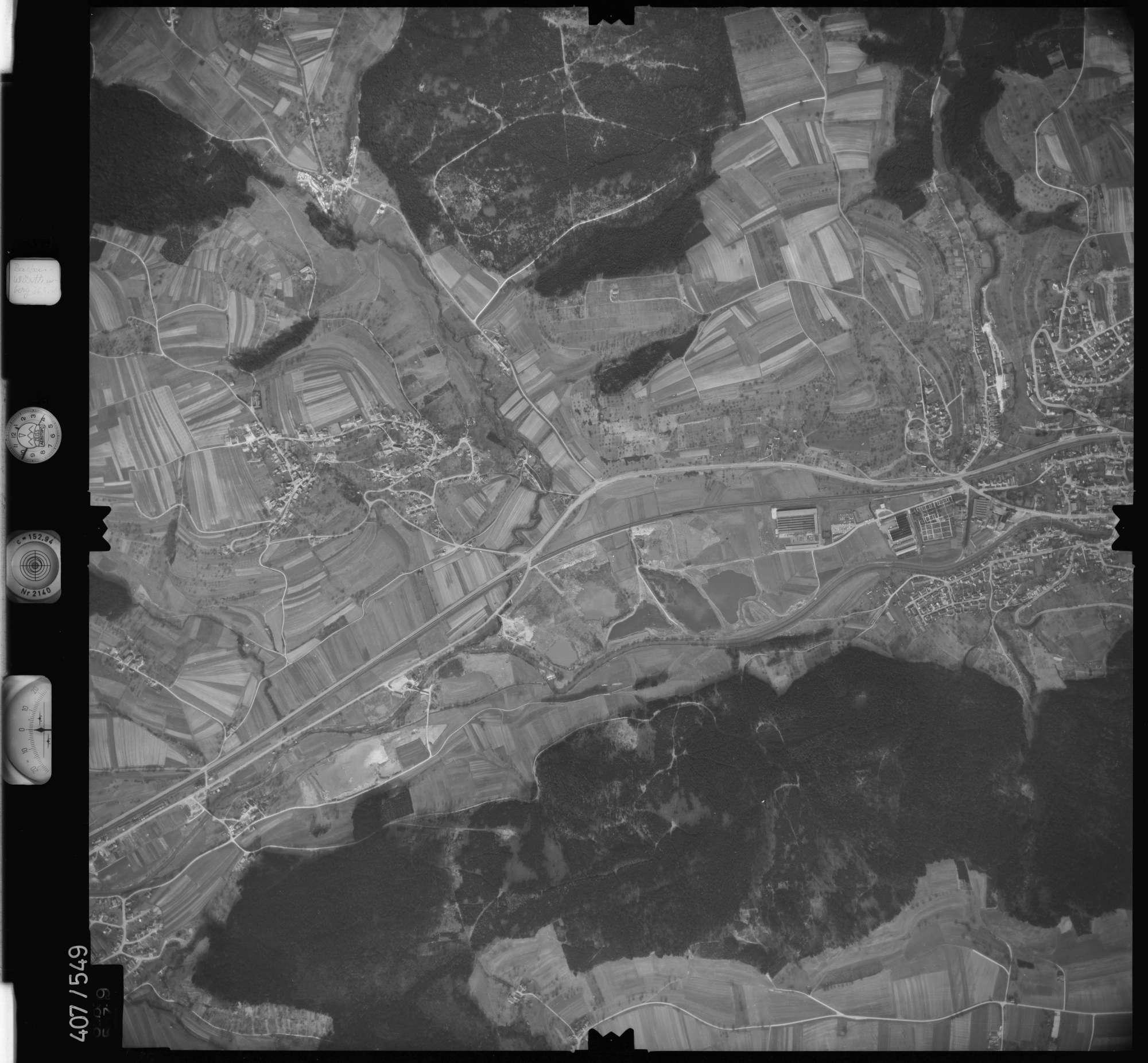 Luftbild: Film 7 Bildnr. 689, Bild 1